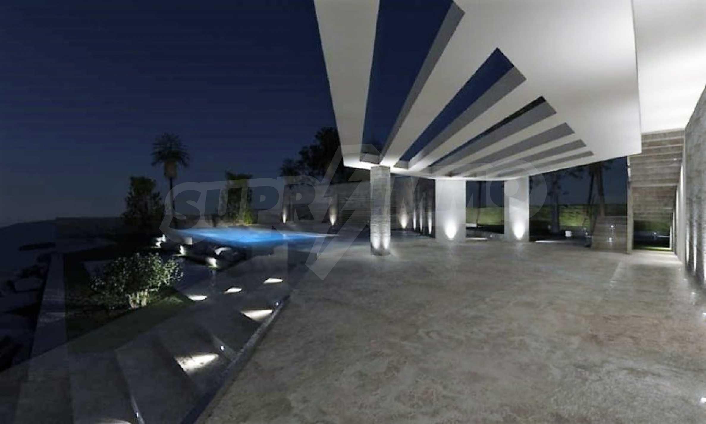 Елитна къща с ексклузивен достъп до плаж 16