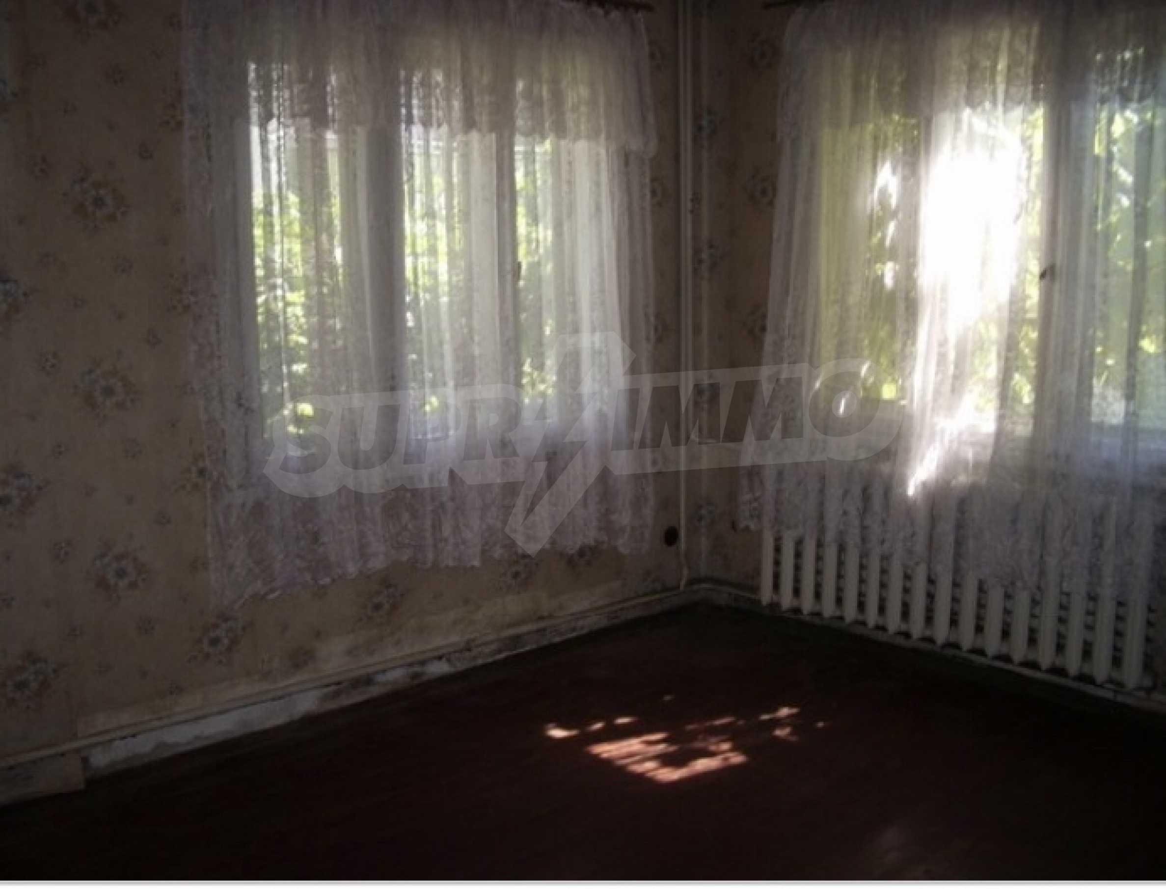 Етаж на двуетажна къща в удобен район на гр. Видин 5