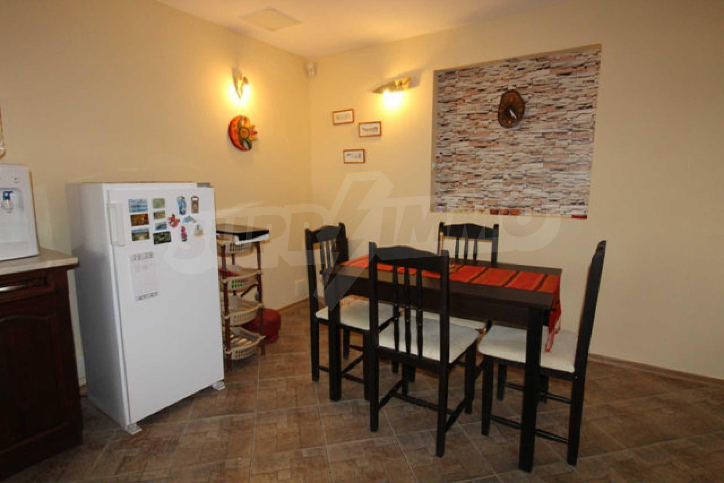 Реновирана двуетажна къща с двор само на 13 км от град Ловеч 29