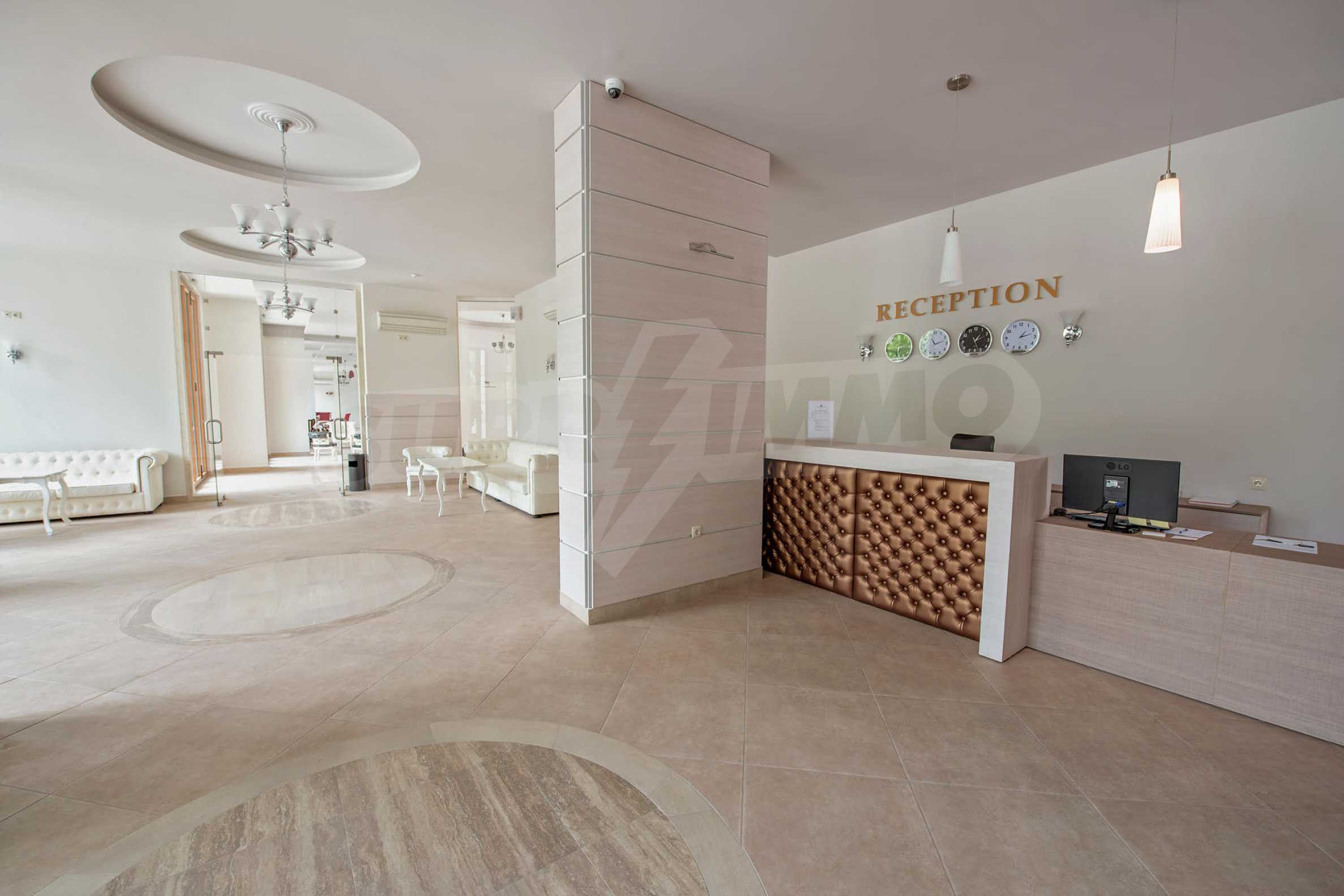 Двустаен апартамент във Варна Саут Бей / Varna South Bay 9