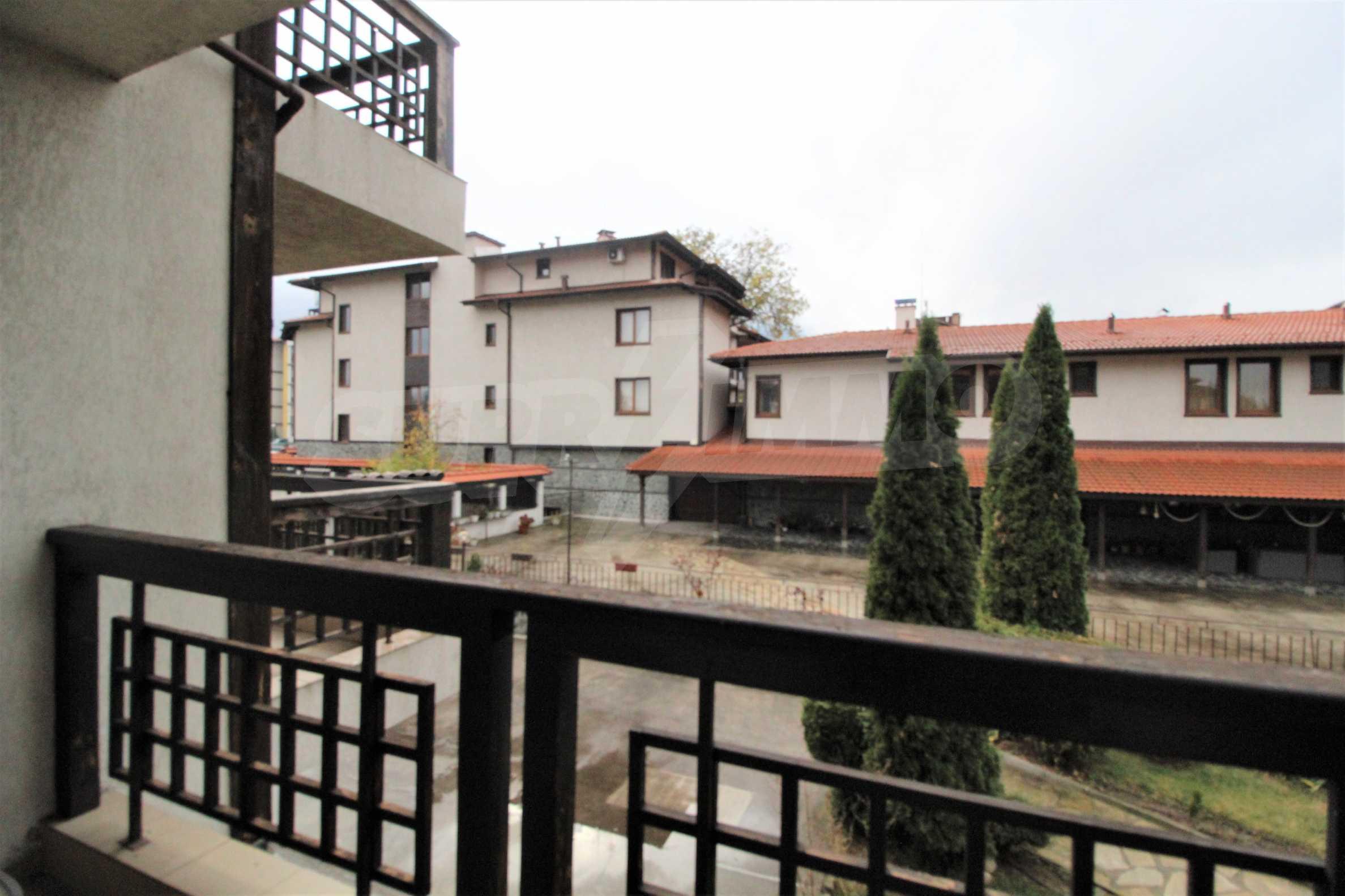 Просторно и стилно студио с тераса в гр. Банско 3