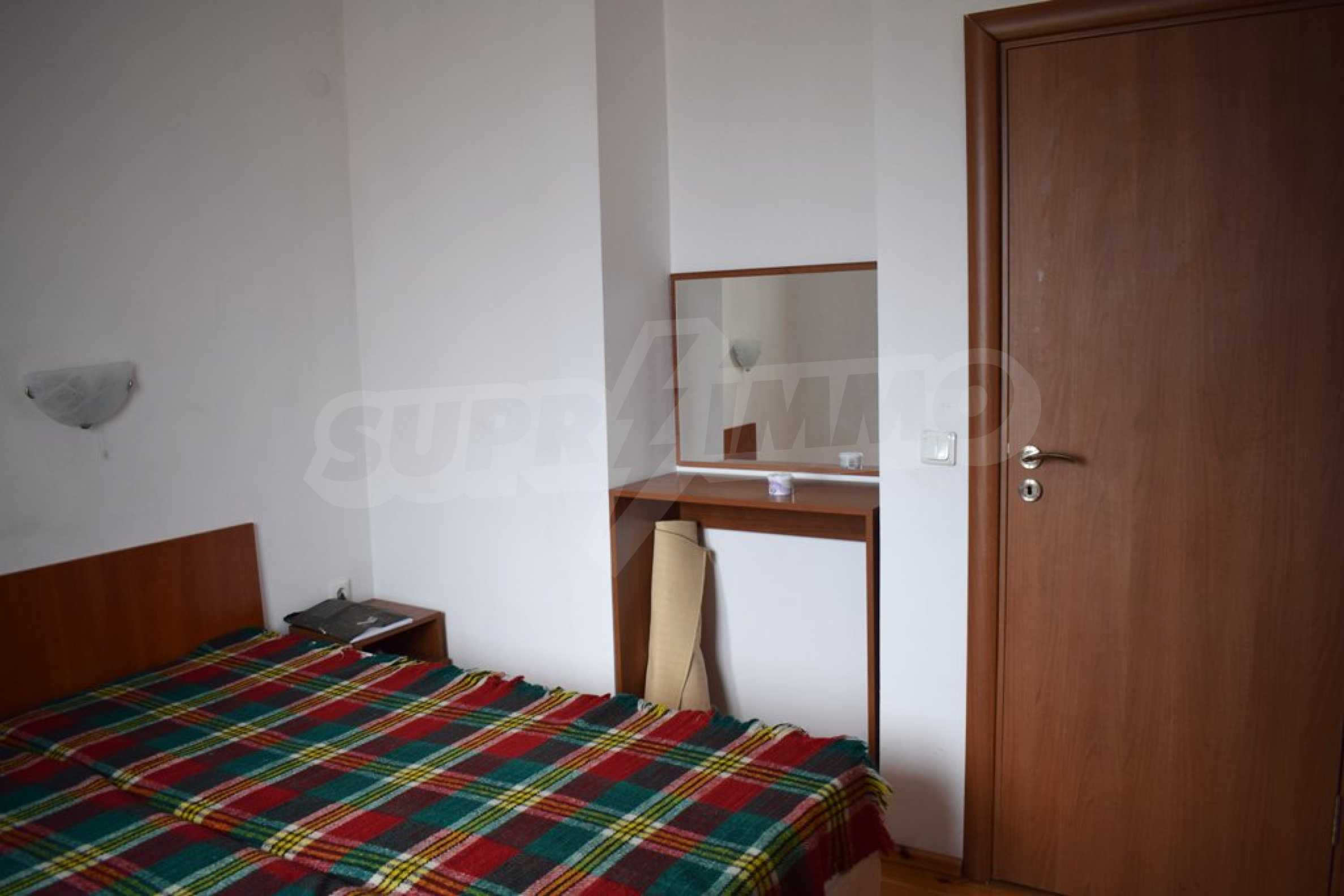 Напълно обзаведен апартамент в Банско 9