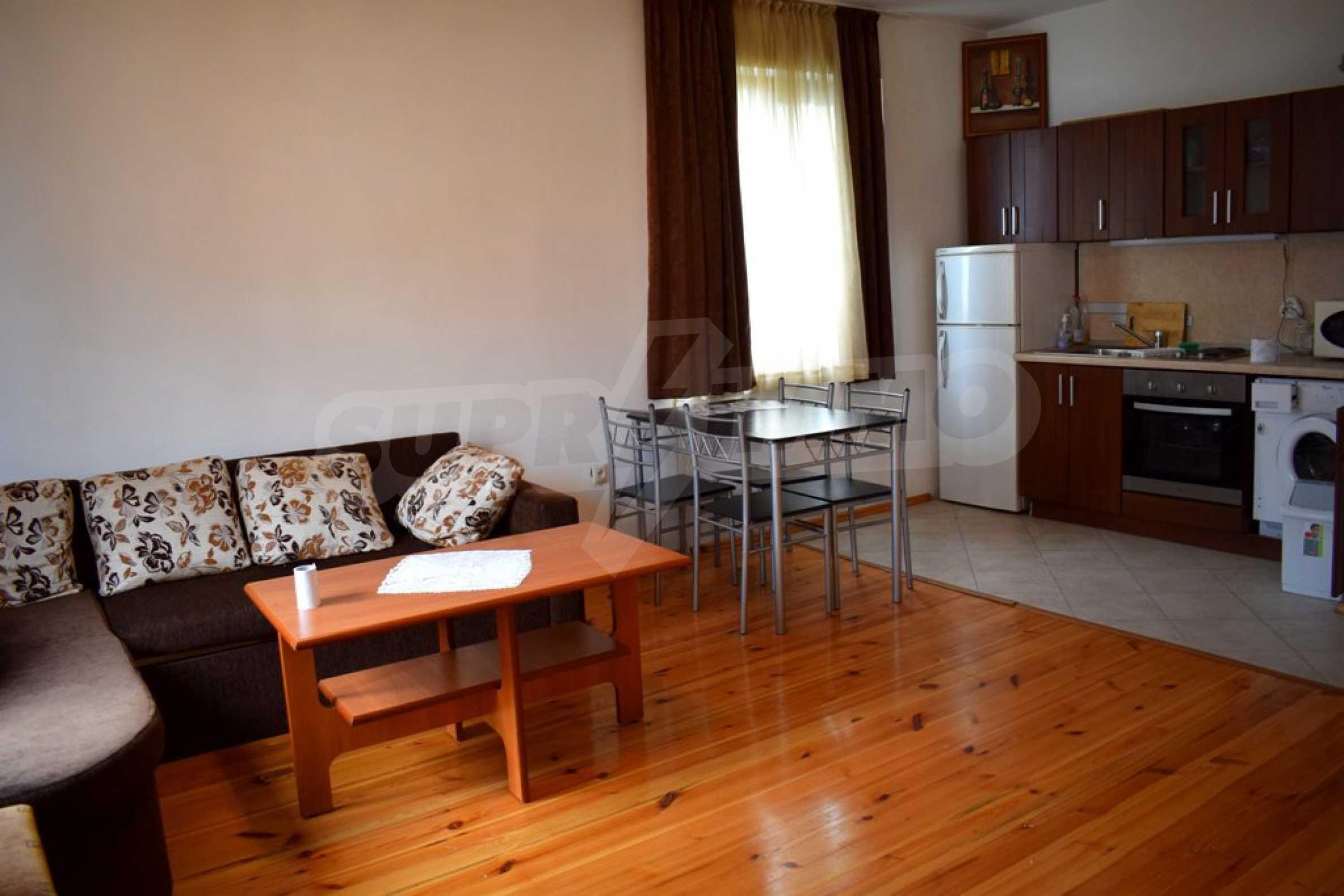 Напълно обзаведен апартамент в Банско 4