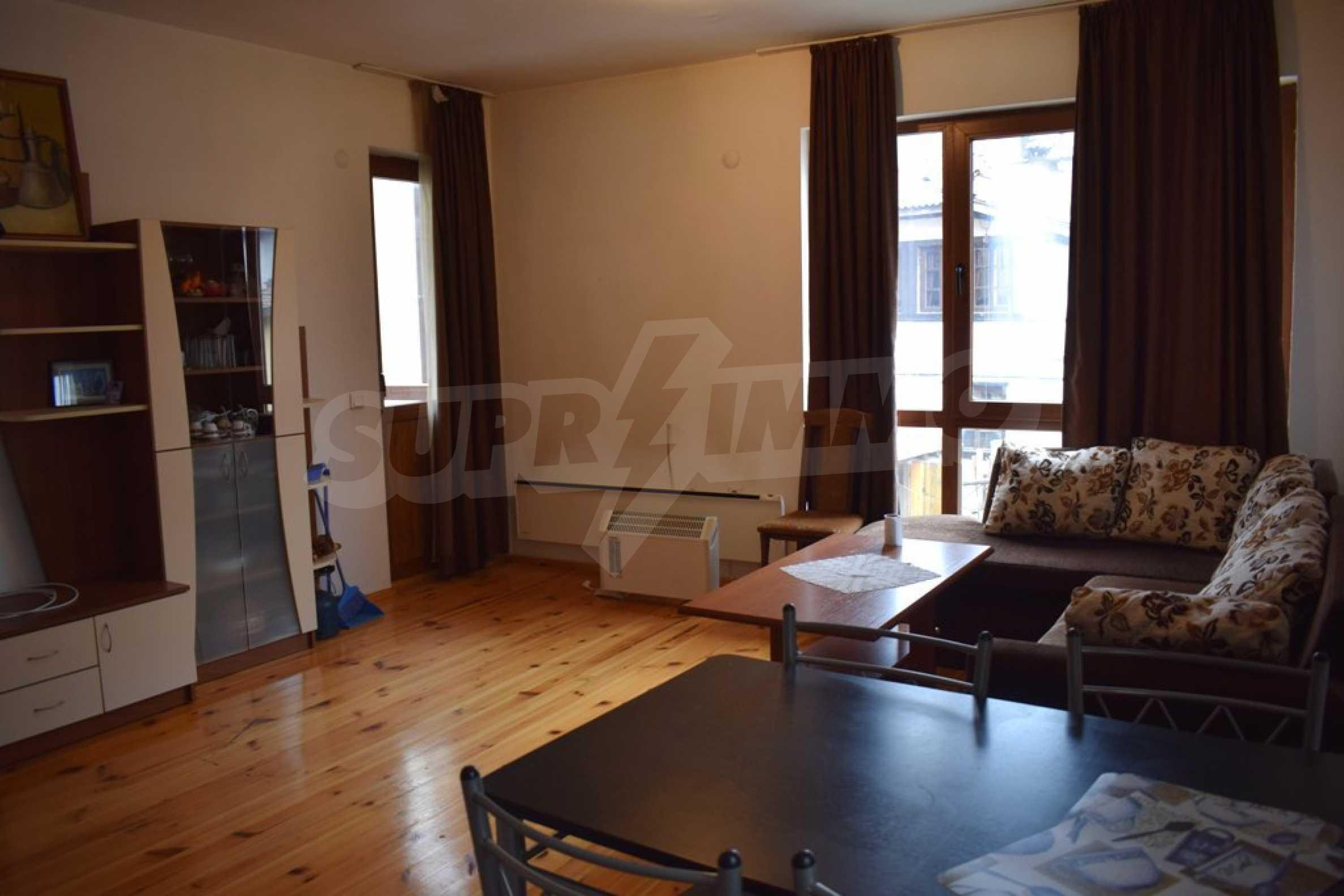 Напълно обзаведен апартамент в Банско 5