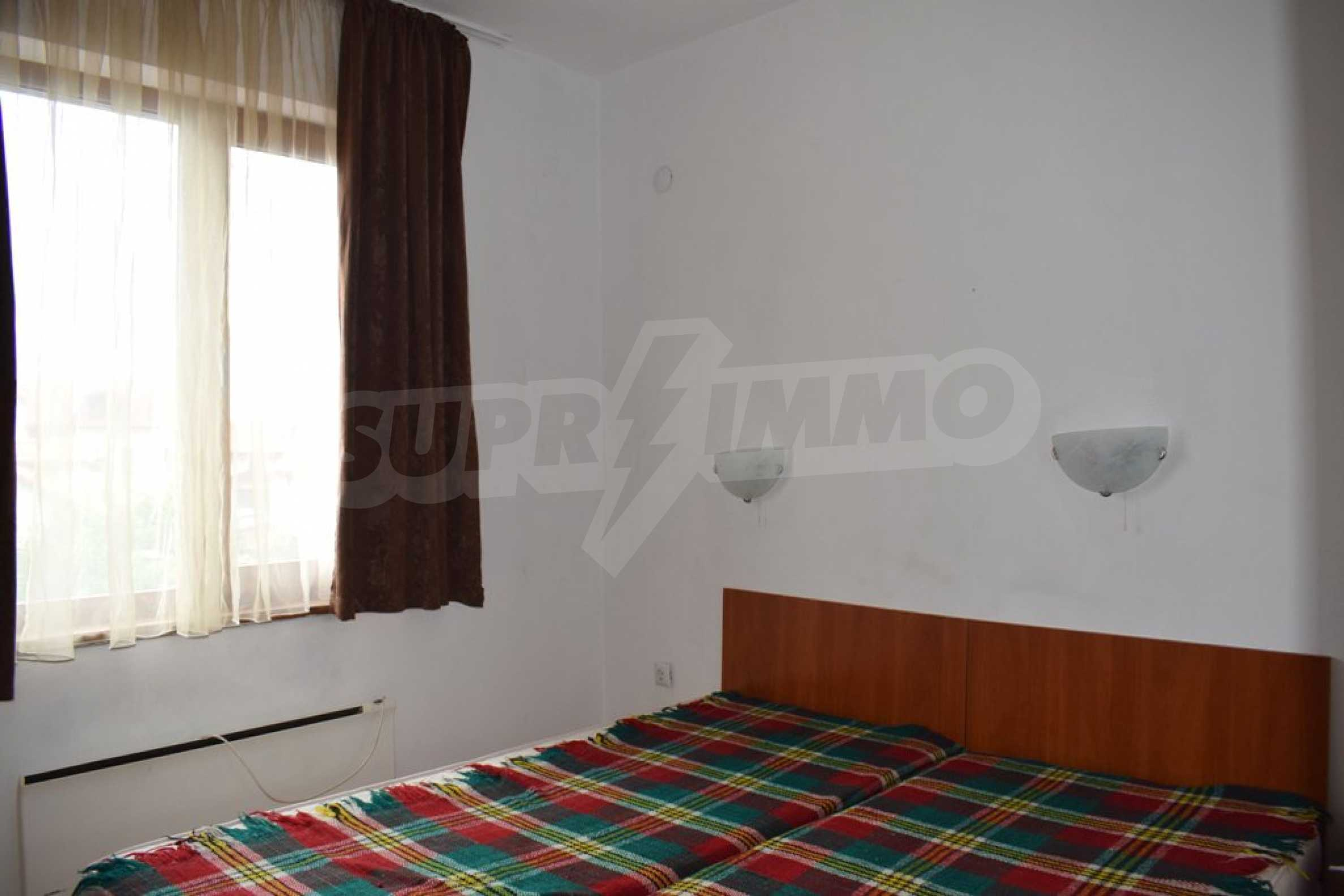 Напълно обзаведен апартамент в Банско 8