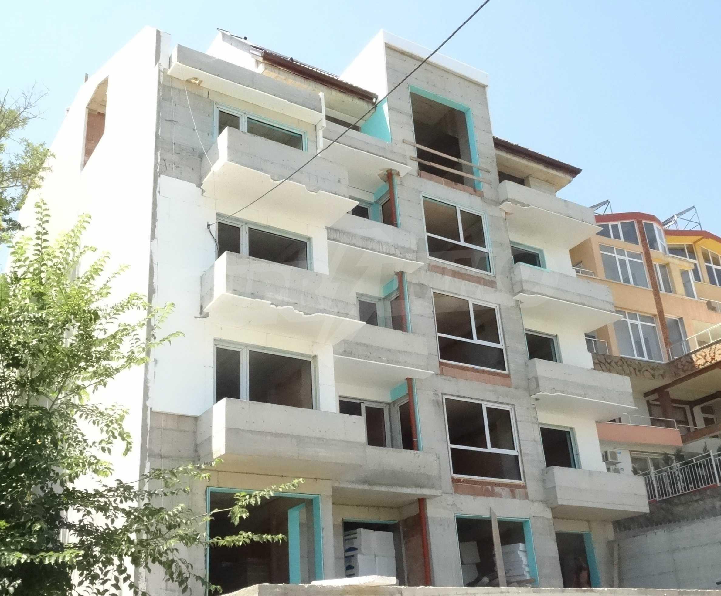 "Жилищна сграда м-т ""Евксиноград"" 5"