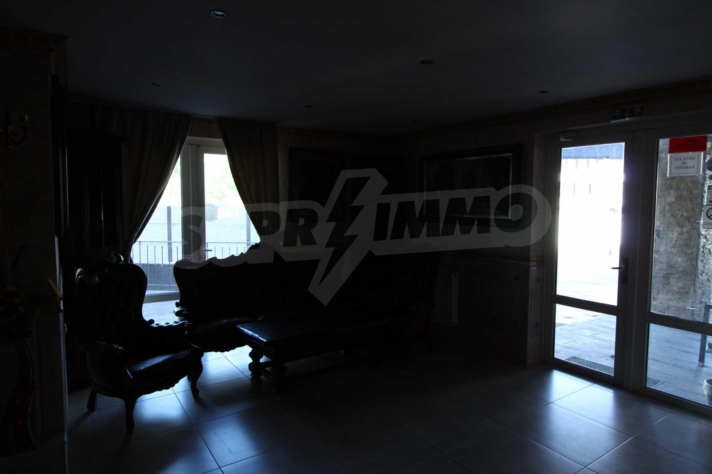 Удобен апартамент в комплекс от затворен тип, гр. Банско 10