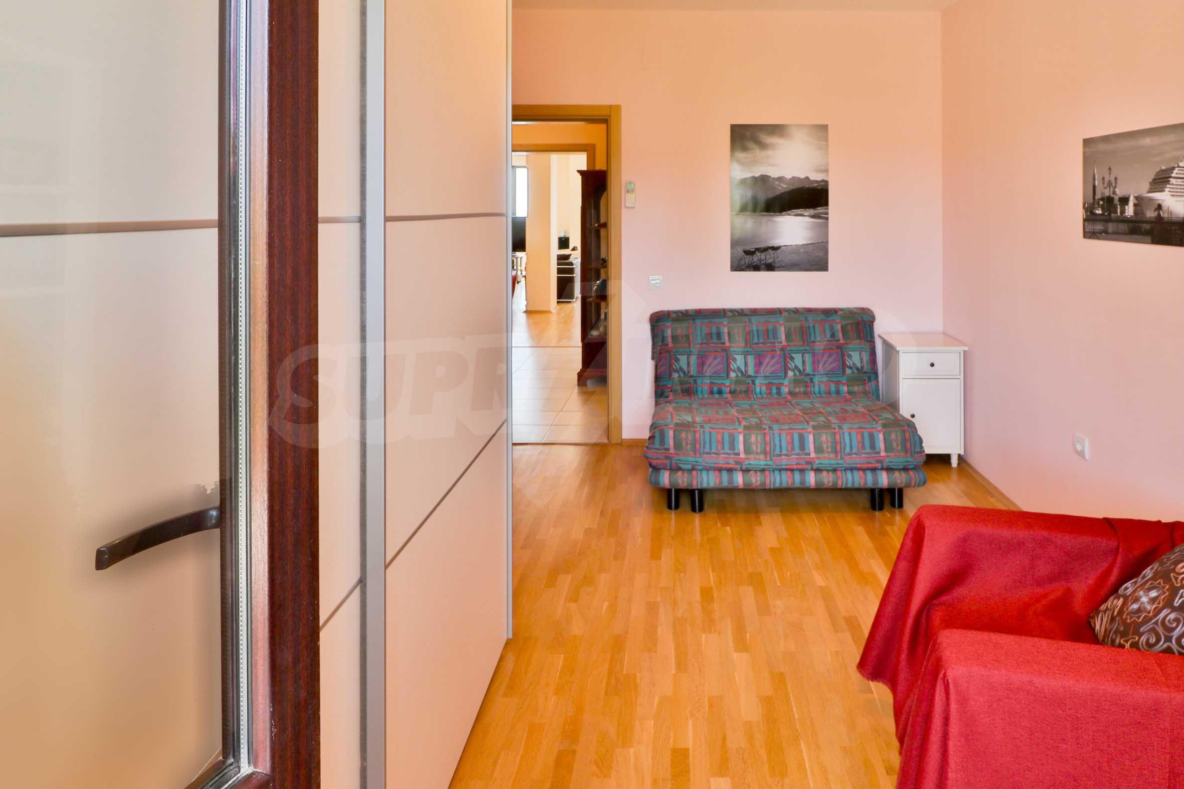 Модерен апартамент в местност Траката 15