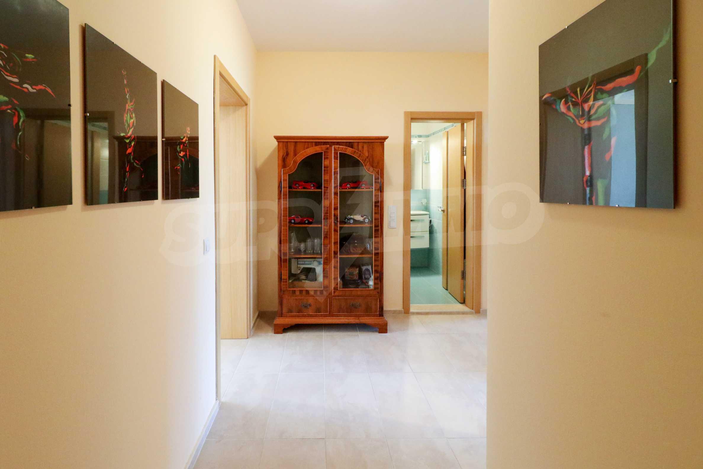Модерен апартамент в местност Траката 21