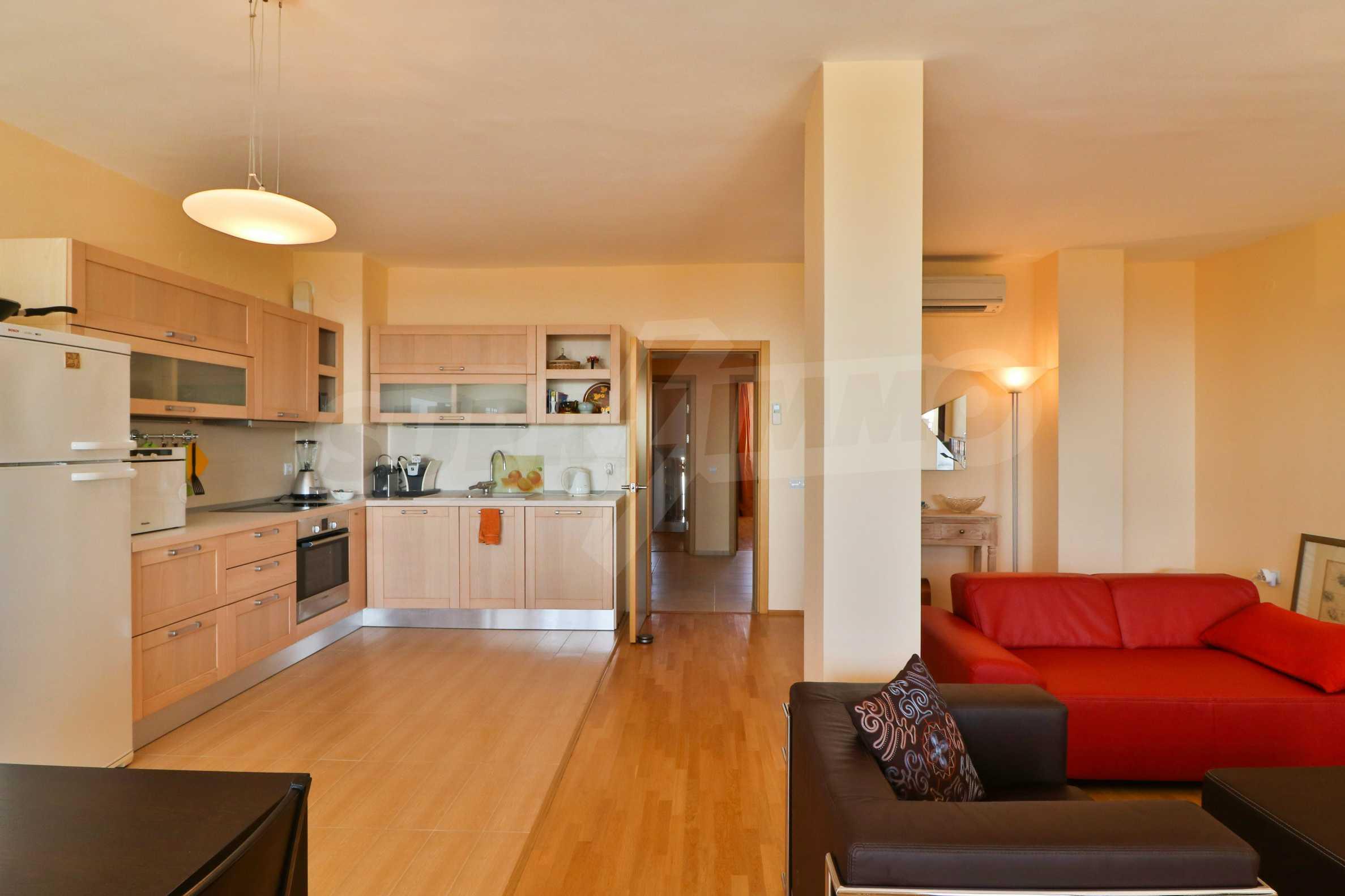 Модерен апартамент в местност Траката 30