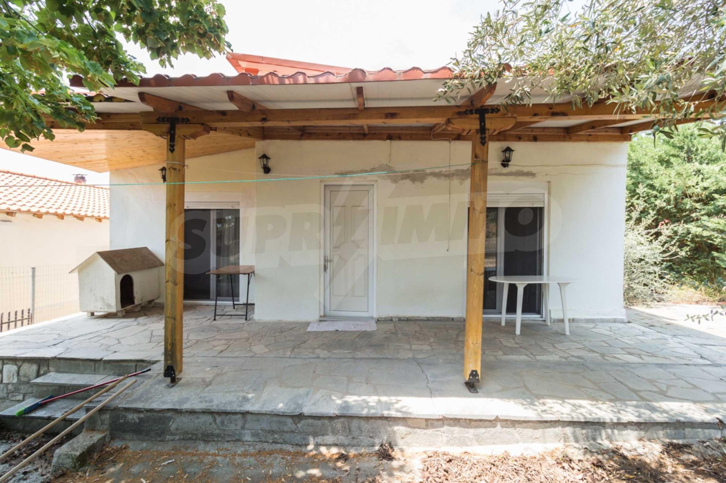 Къща  в  Херакини 1