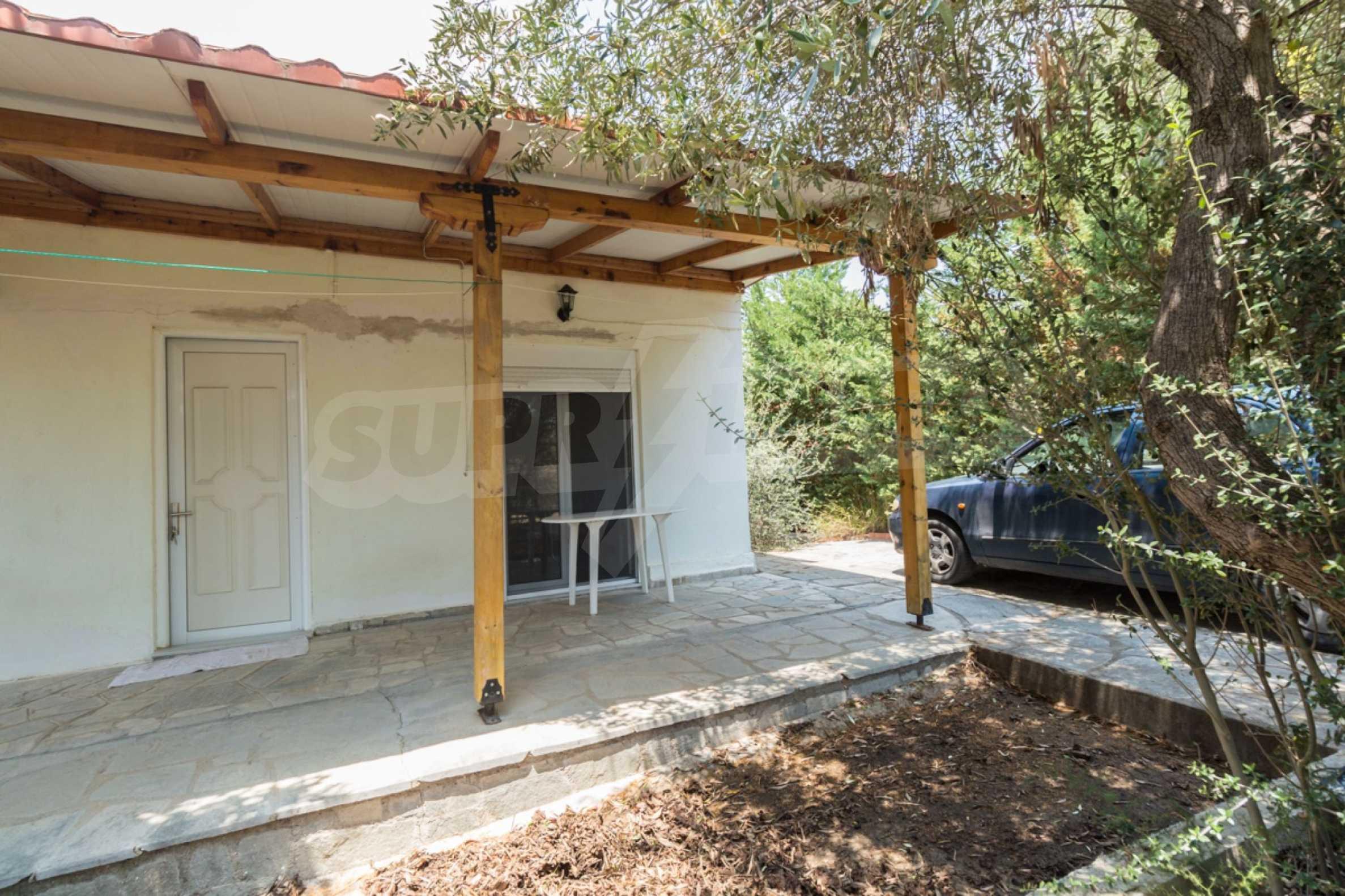 Къща  в  Херакини 19