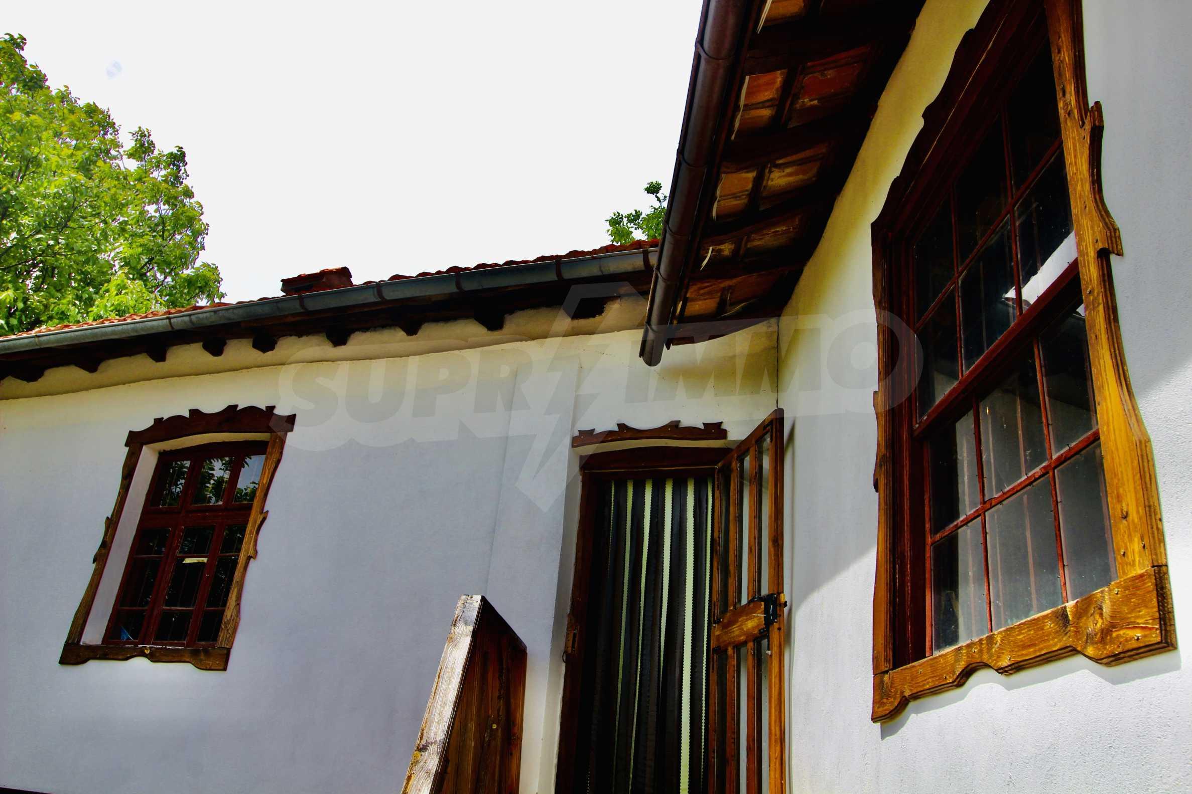 Реновирана къща в село на 45  км от Велико Търново 10