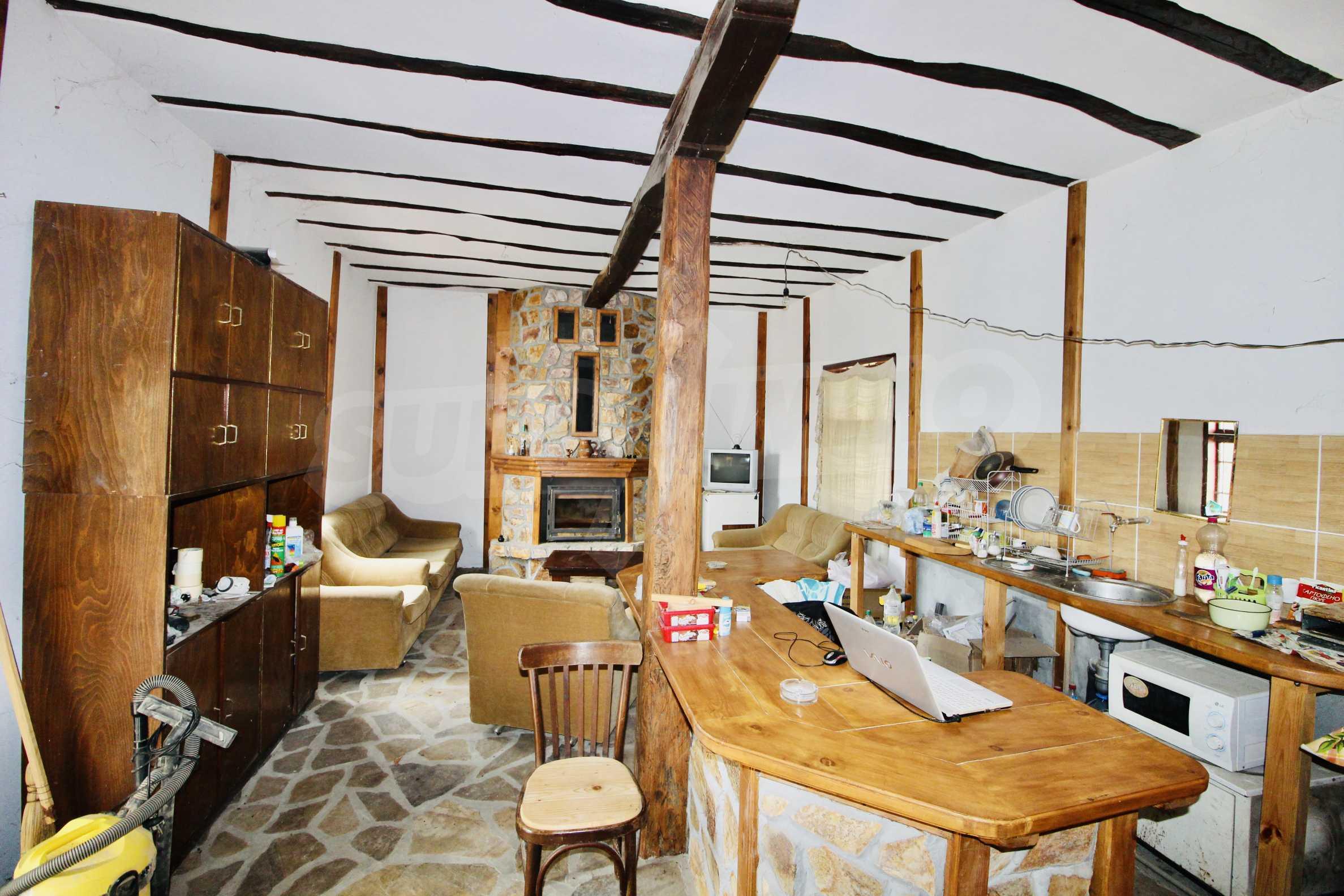 Реновирана къща в село на 45  км от Велико Търново 13