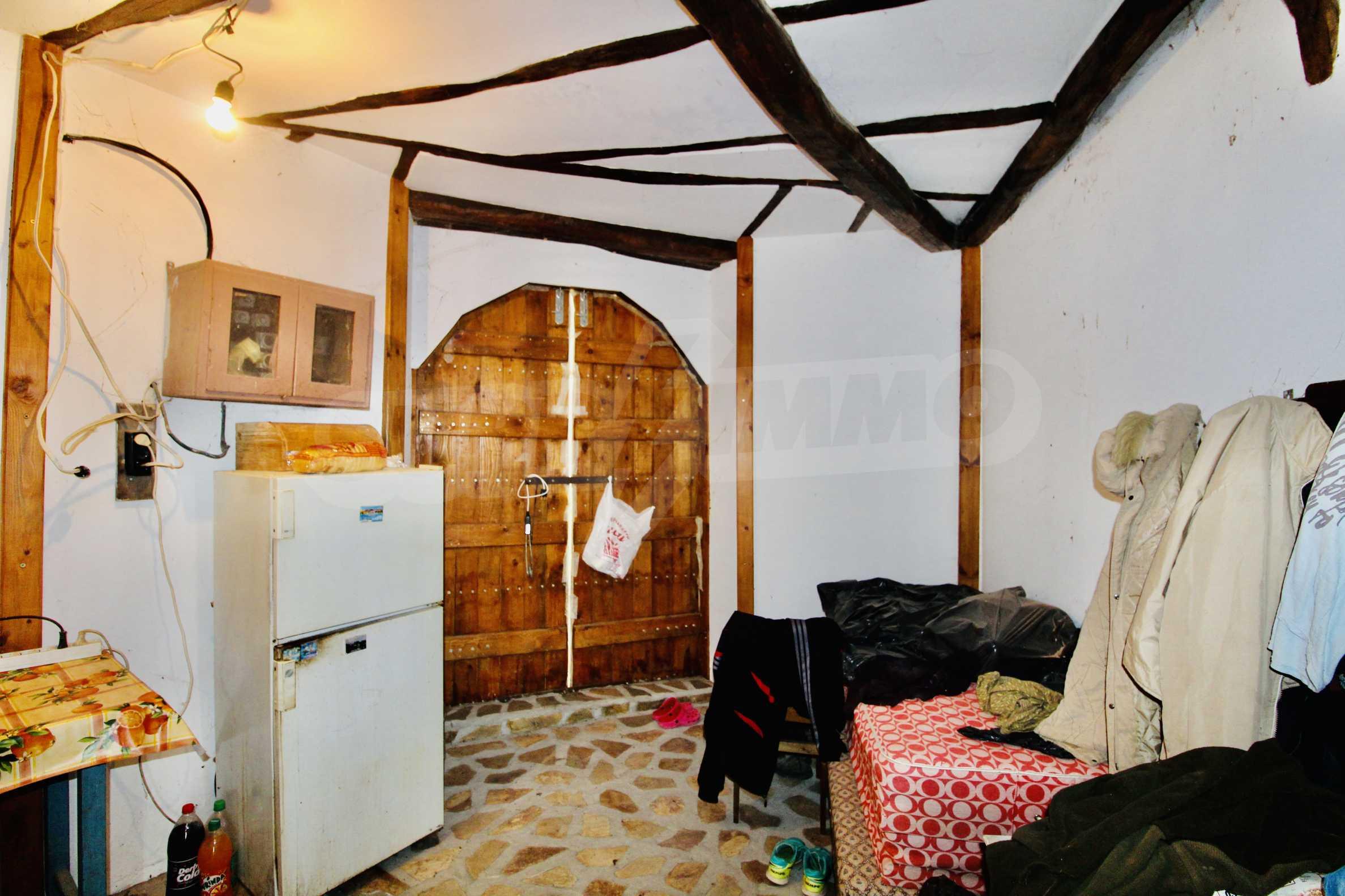 Реновирана къща в село на 45  км от Велико Търново 14