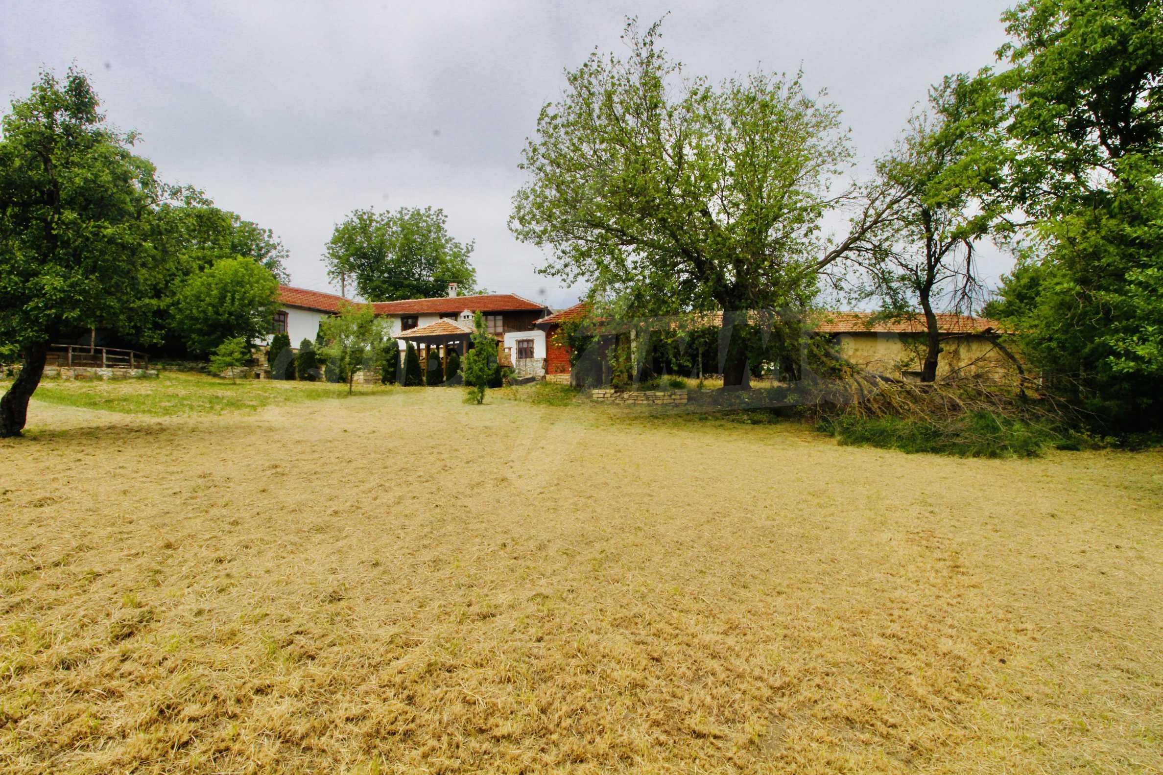 Реновирана къща в село на 45  км от Велико Търново 20