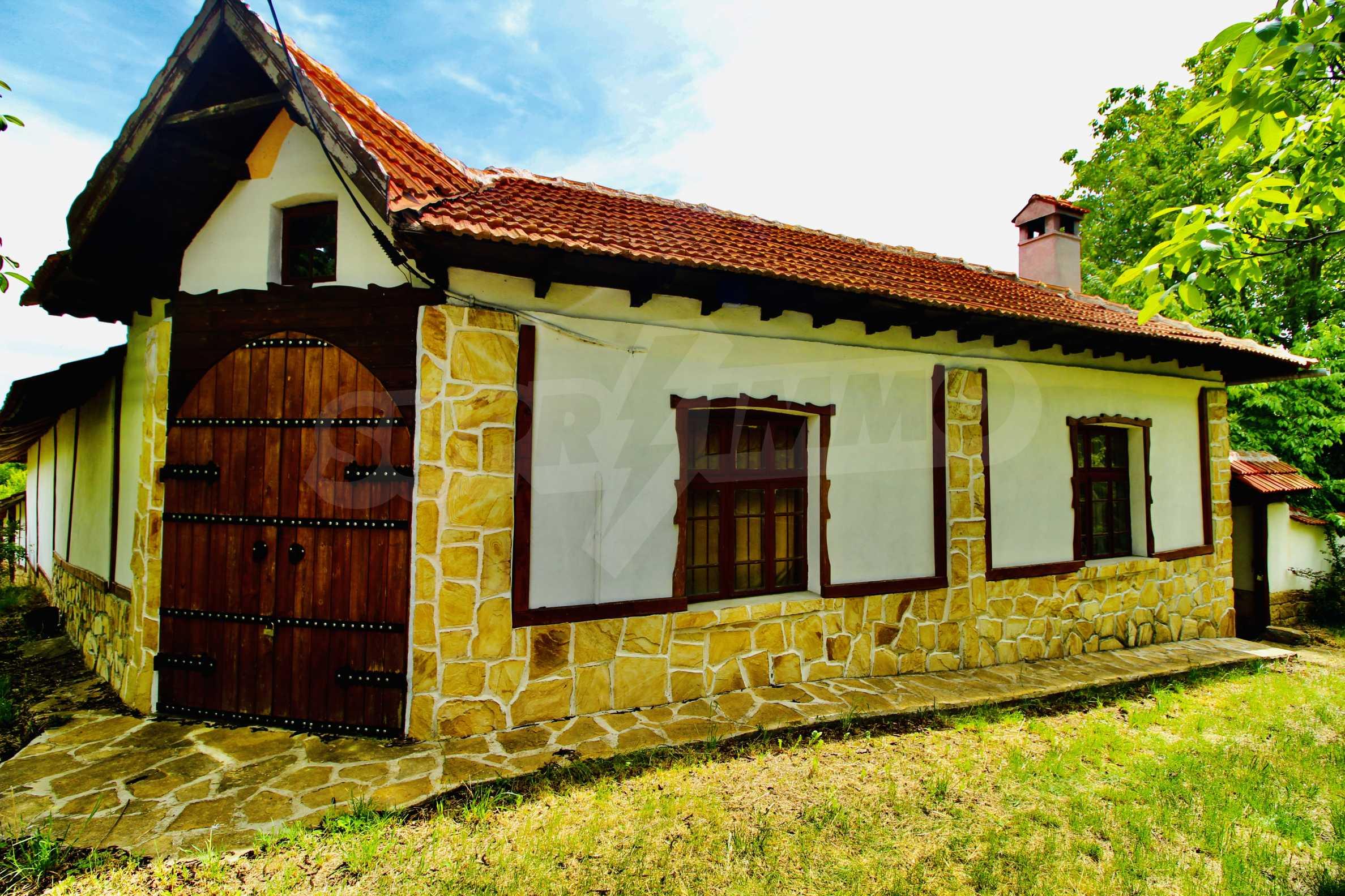 Реновирана къща в село на 45  км от Велико Търново 6