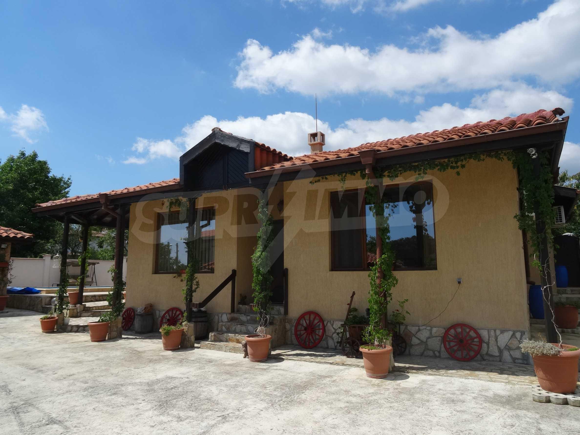 Прекрасна къща близо до Варна 18