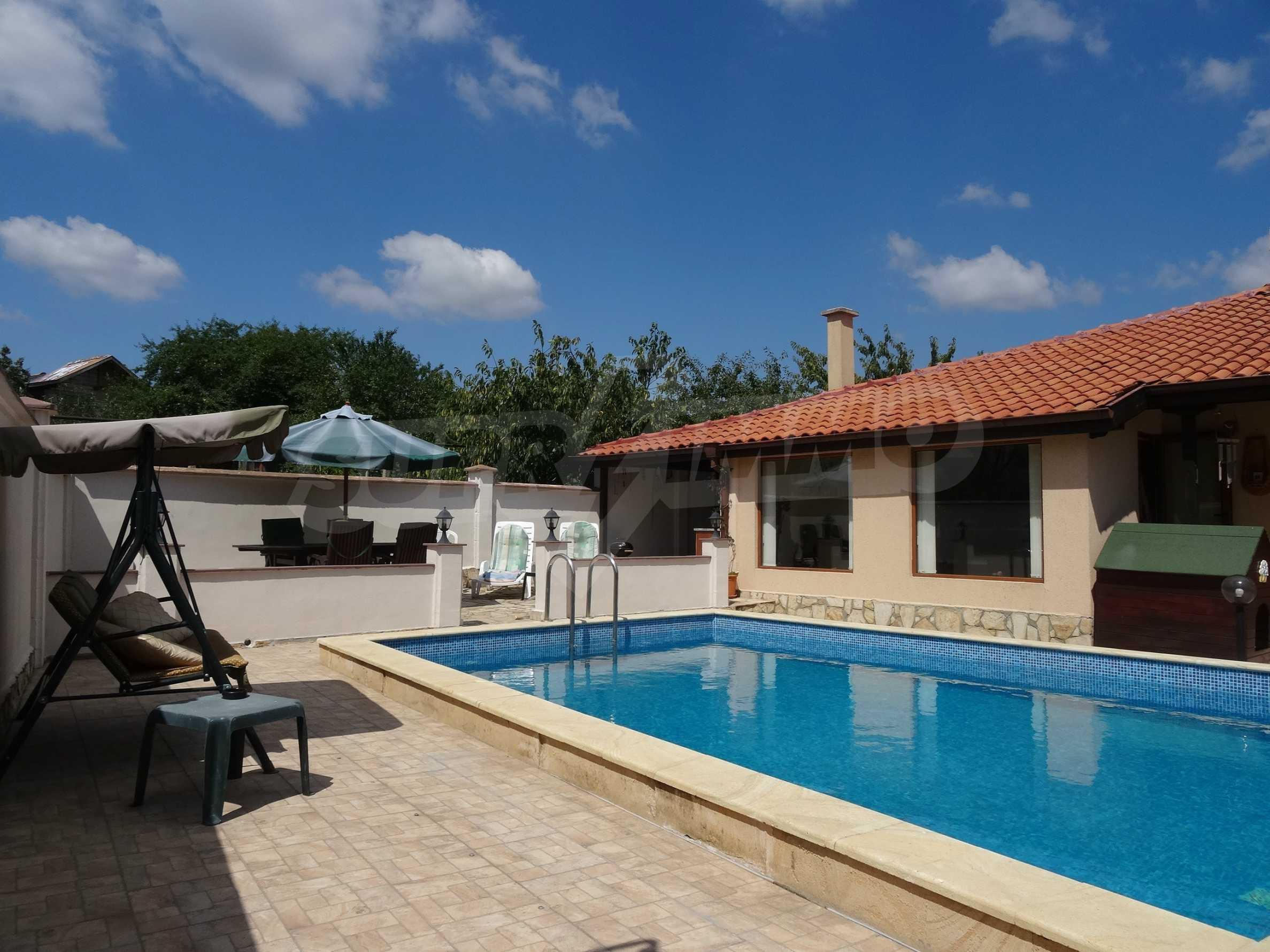 Прекрасна къща близо до Варна 20