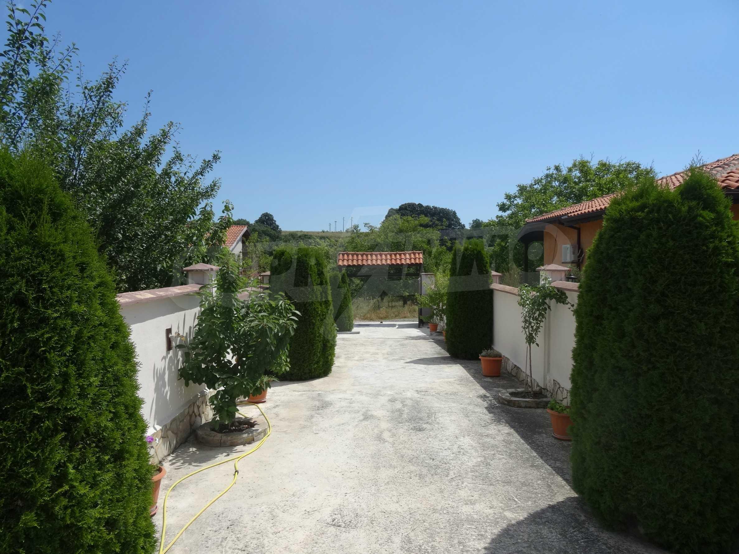 Прекрасна къща близо до Варна 24