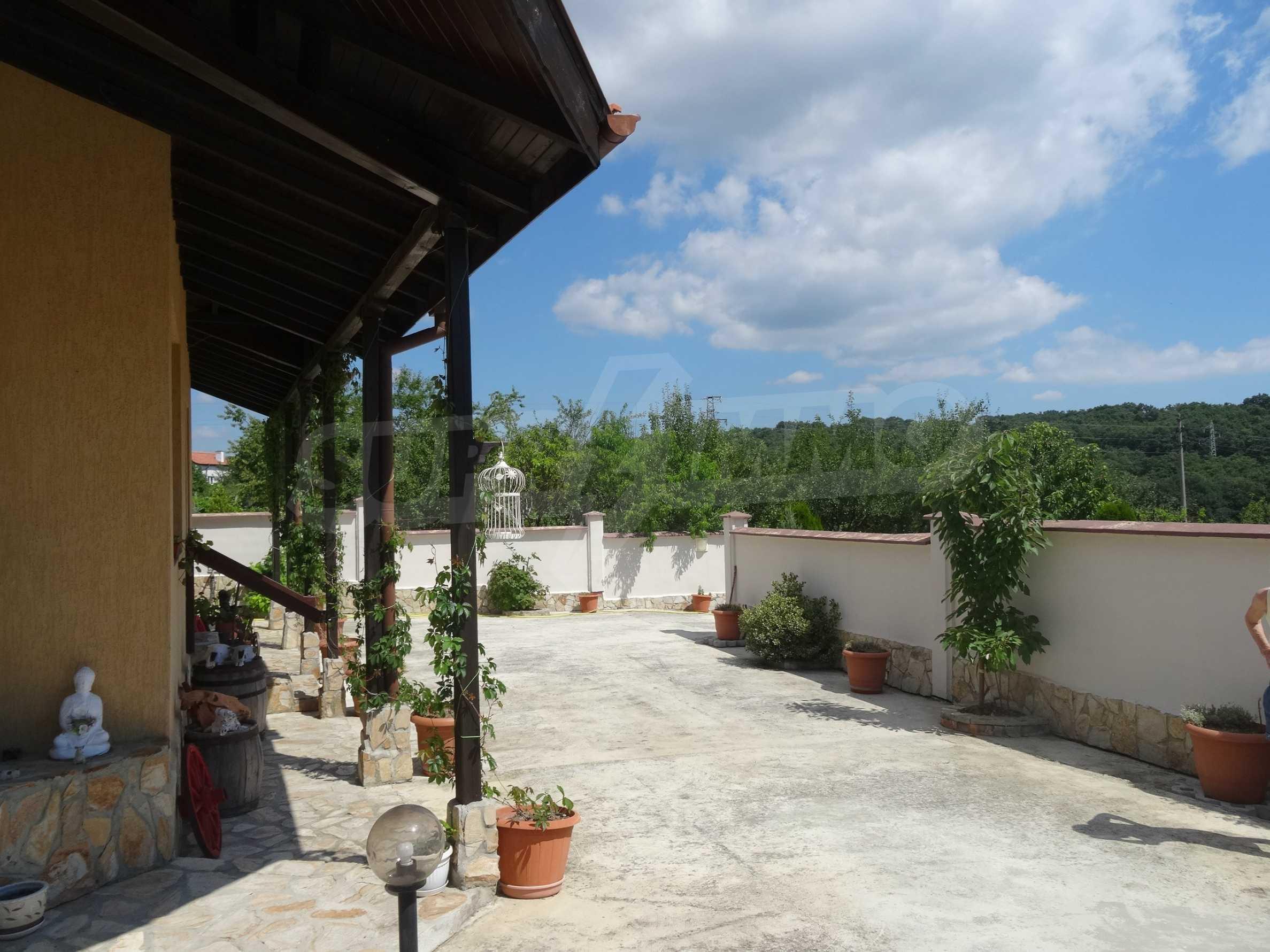 Прекрасна къща близо до Варна 26