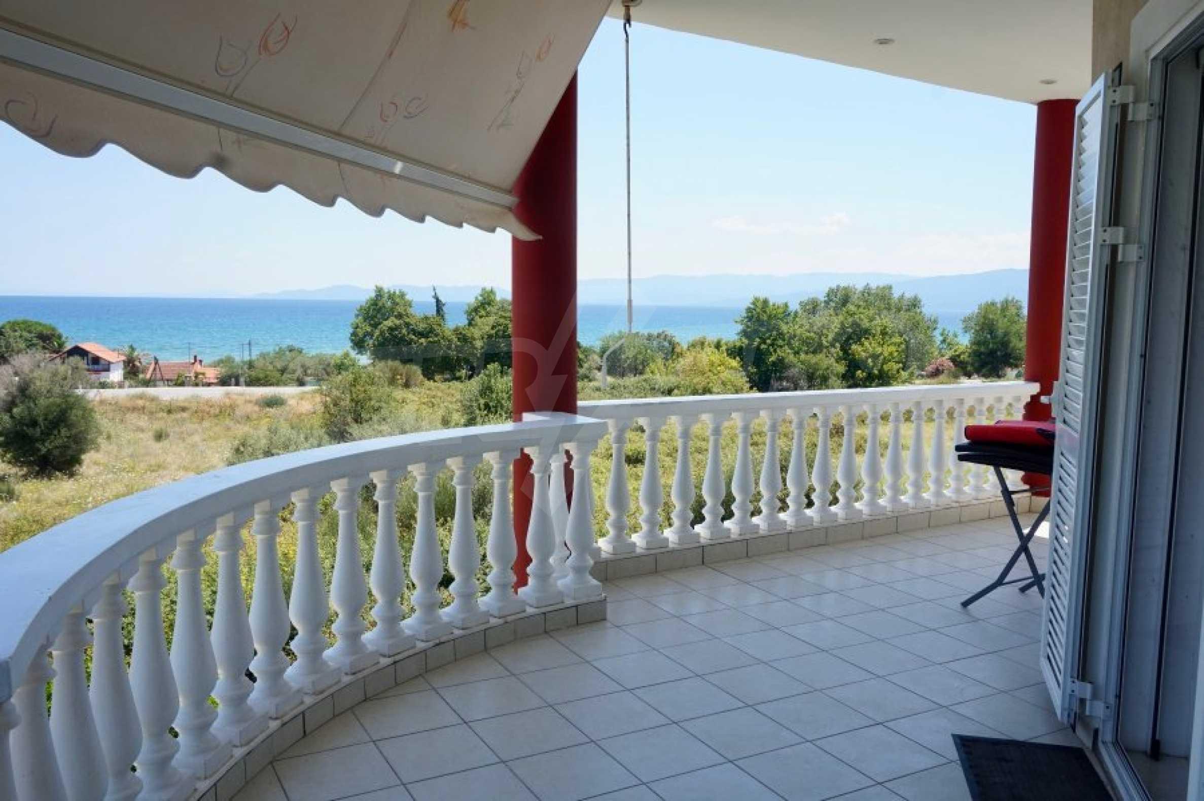 Къща с пет спални и панорамна гледка към морето