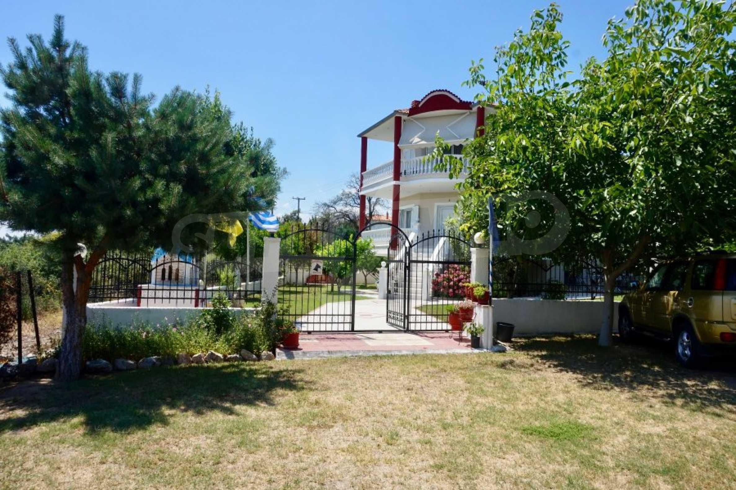 Къща с пет спални и панорамна гледка към морето 35