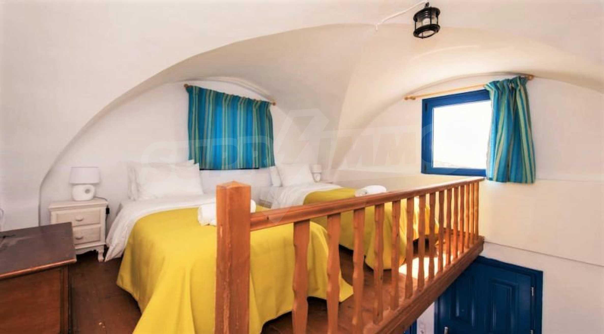 Идеална инвестиционна възможност на остров Санторини 12