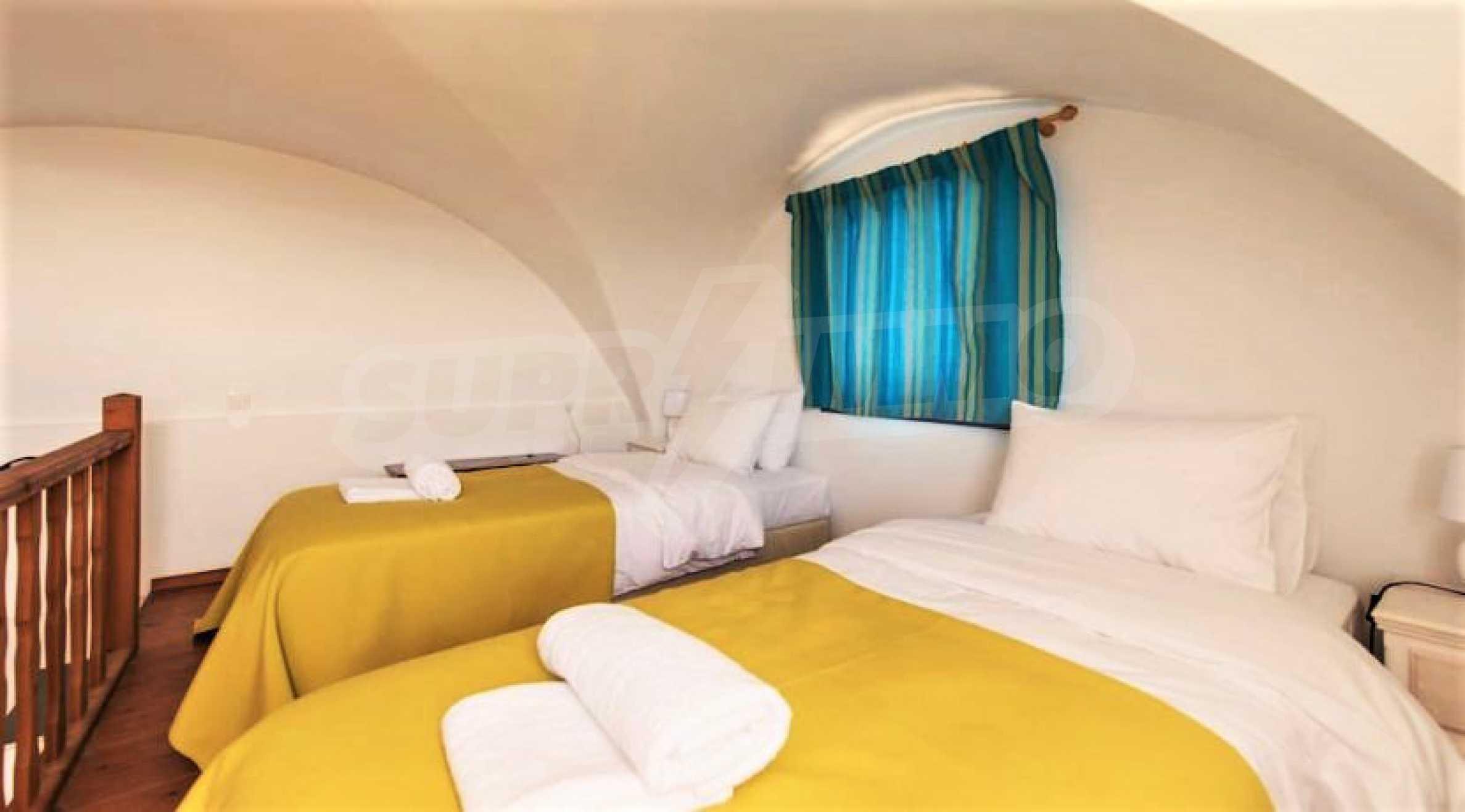 Идеална инвестиционна възможност на остров Санторини 13