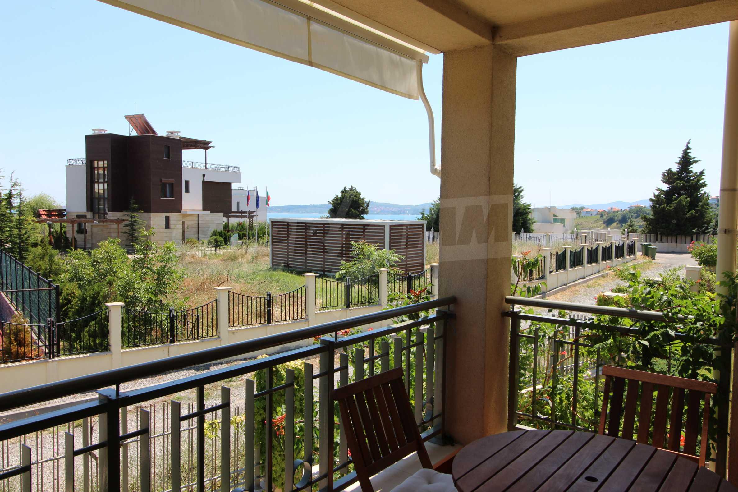 Апартамент в луксозен комплекс в гр. Черноморец 18