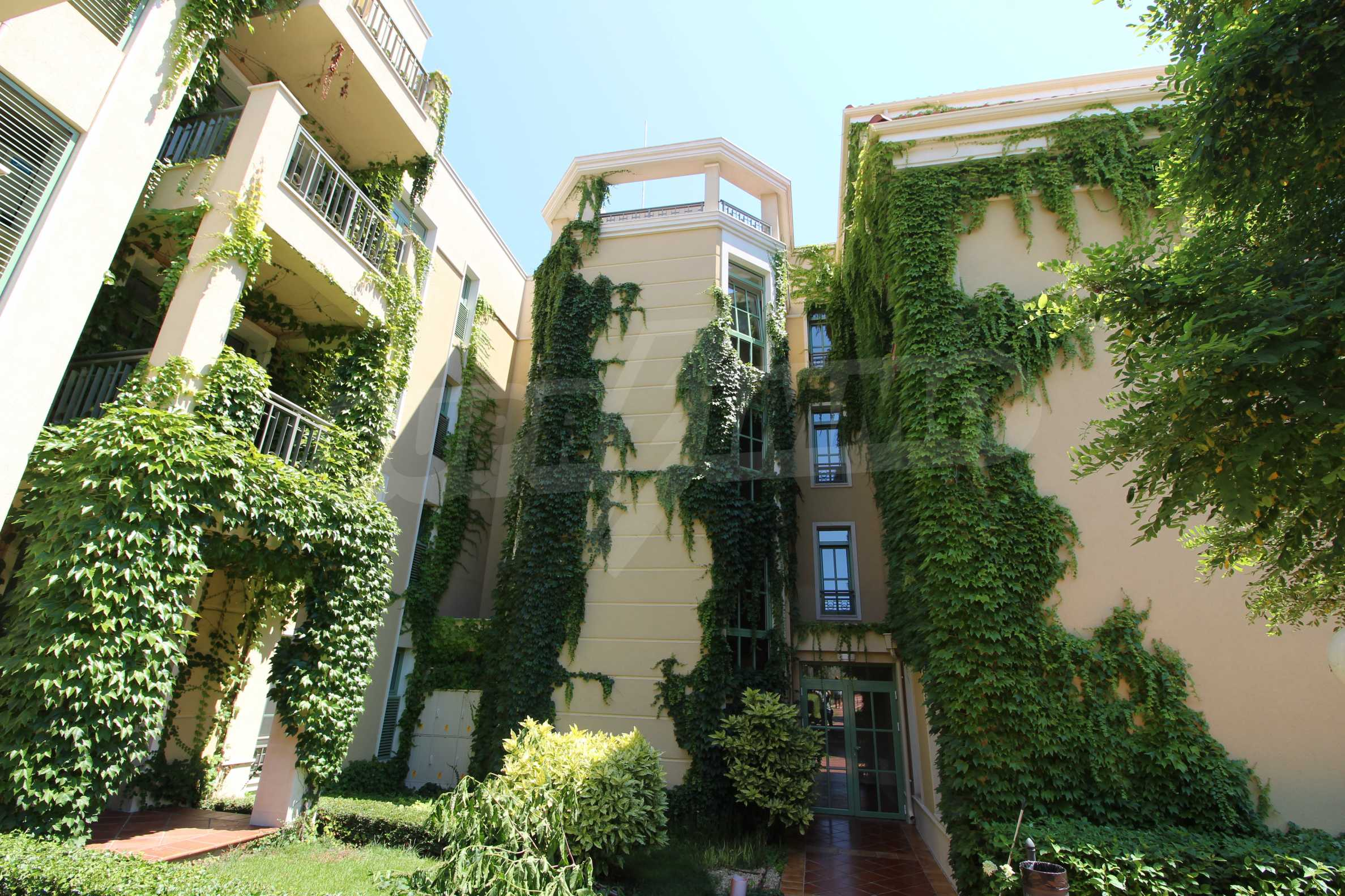 Апартамент в луксозен комплекс в гр. Черноморец 26