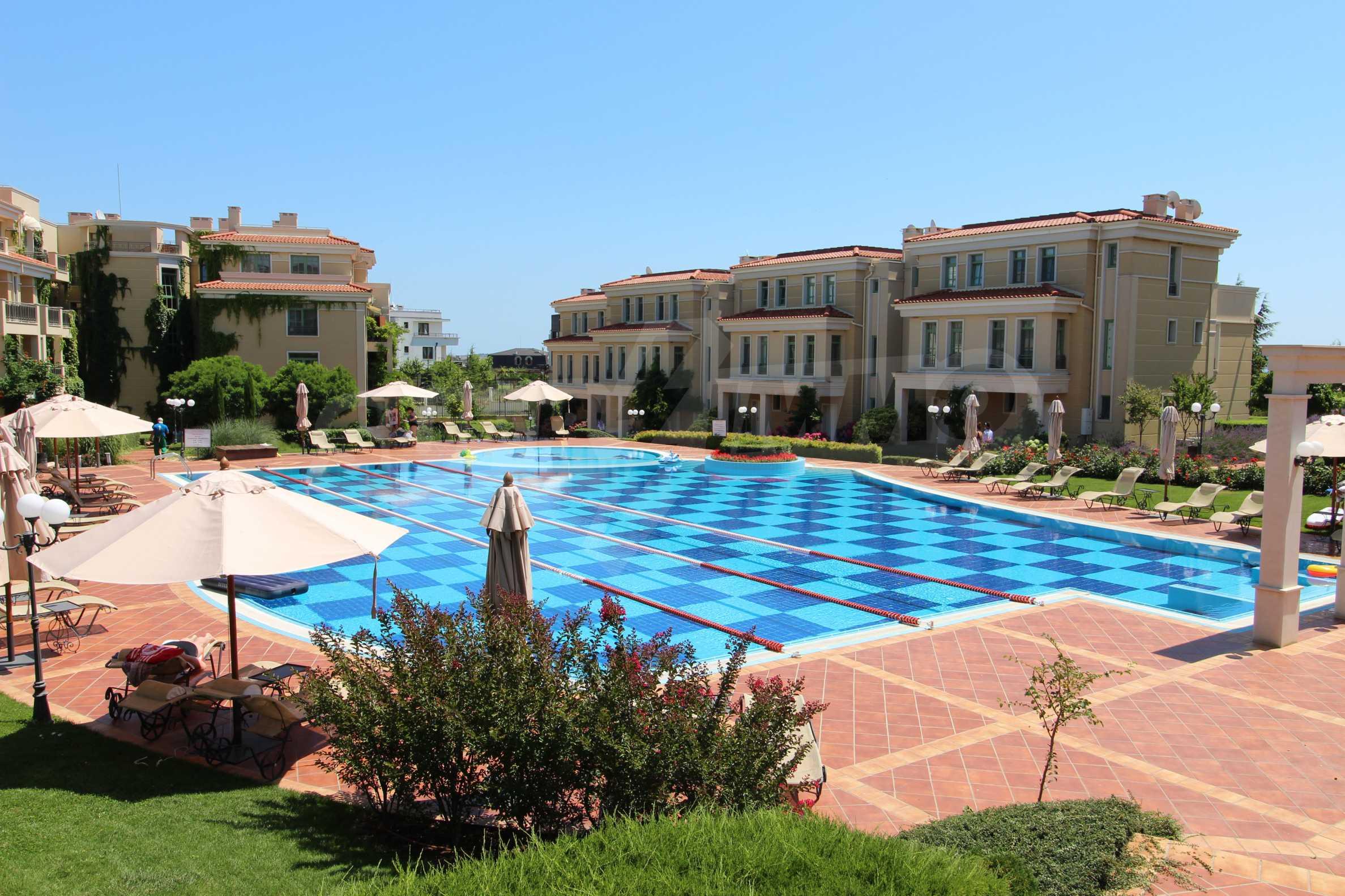 Апартамент в луксозен комплекс в гр. Черноморец 33