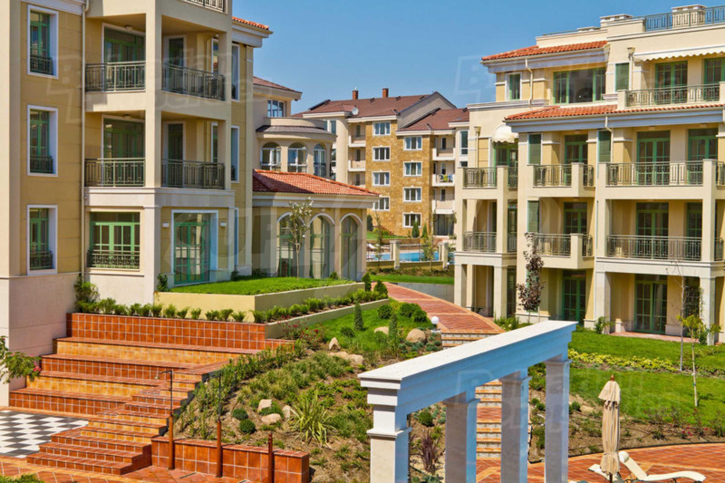 Апартамент в луксозен комплекс в гр. Черноморец 36
