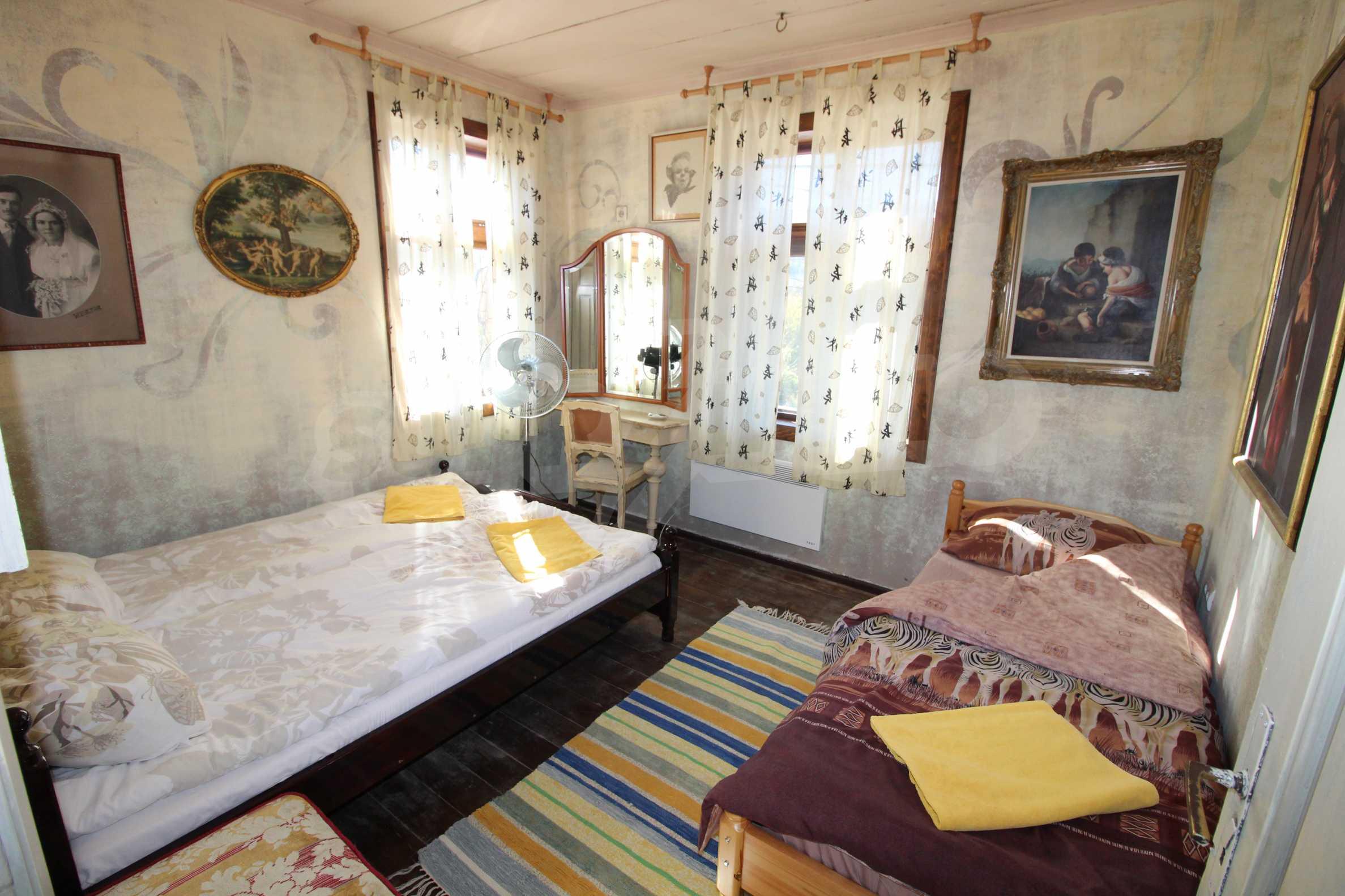Стилно реновирана вила  само на 12 км. от В. Търново 5