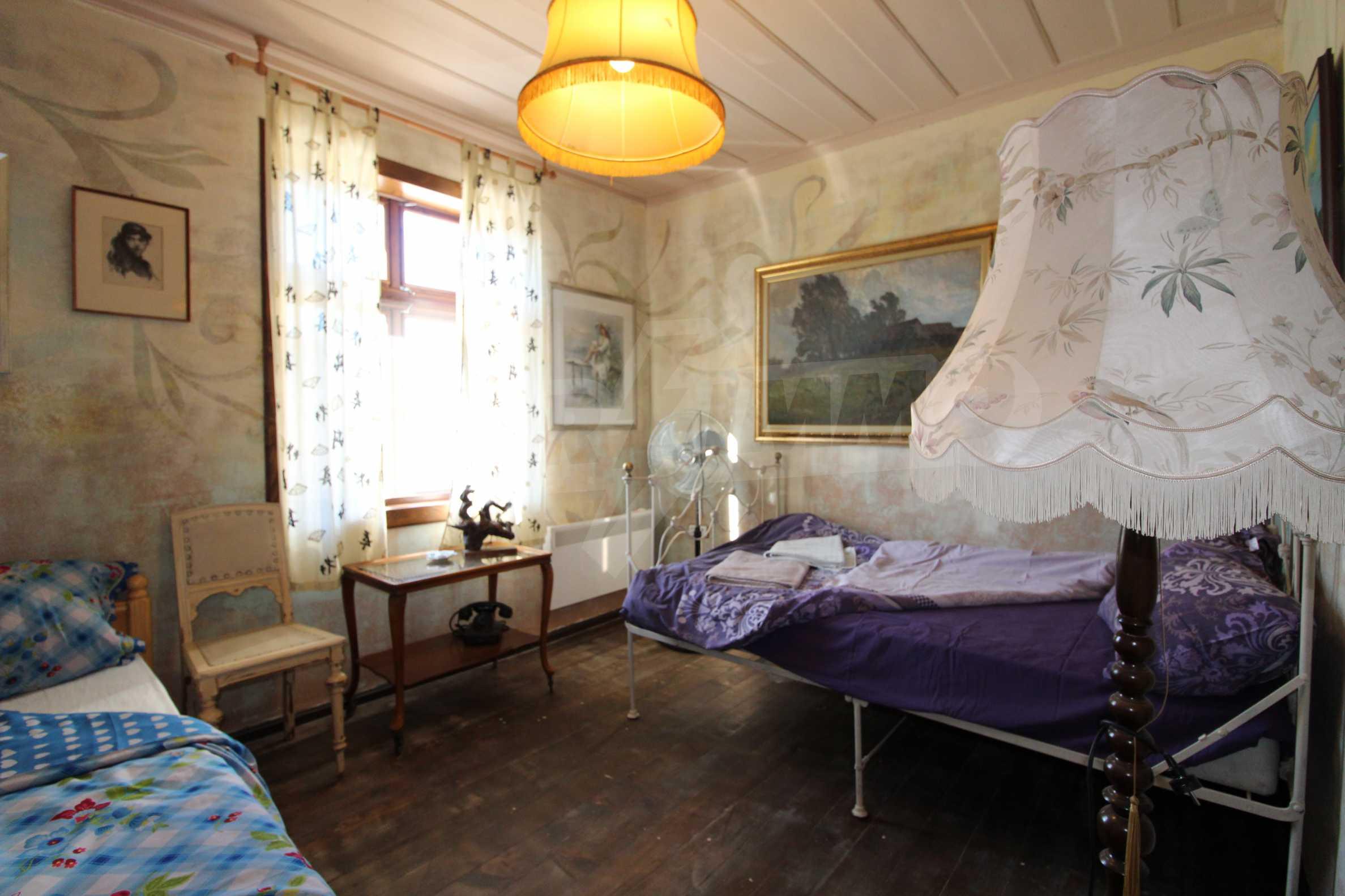 Стилно реновирана вила  само на 12 км. от В. Търново 20