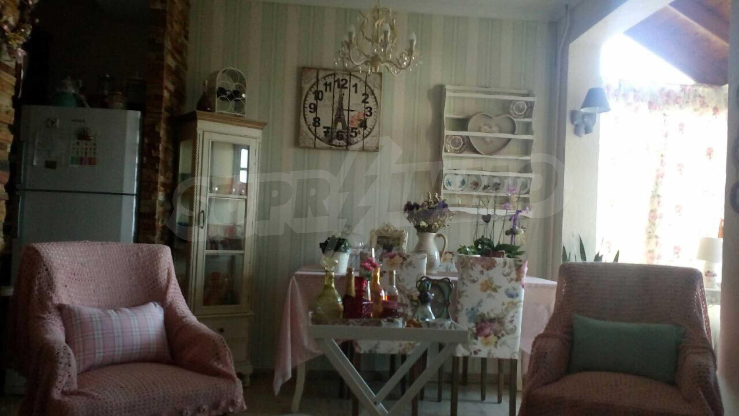 Къща с три спални в елитния район Палио 2