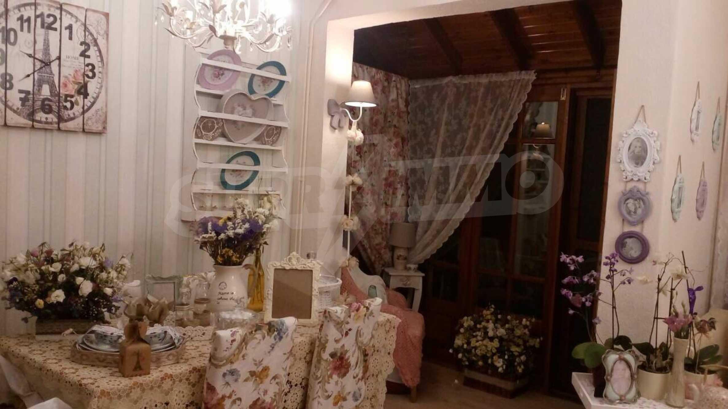 Къща с три спални в елитния район Палио 3