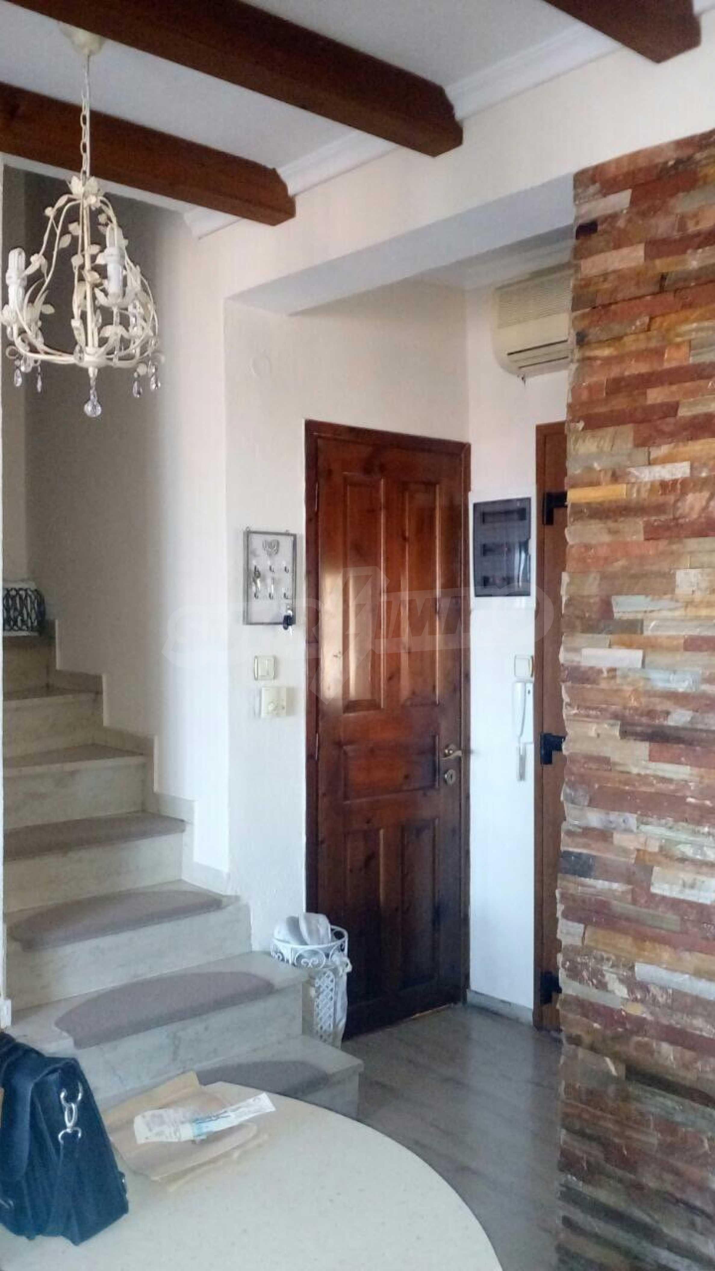 Къща с три спални в елитния район Палио 7