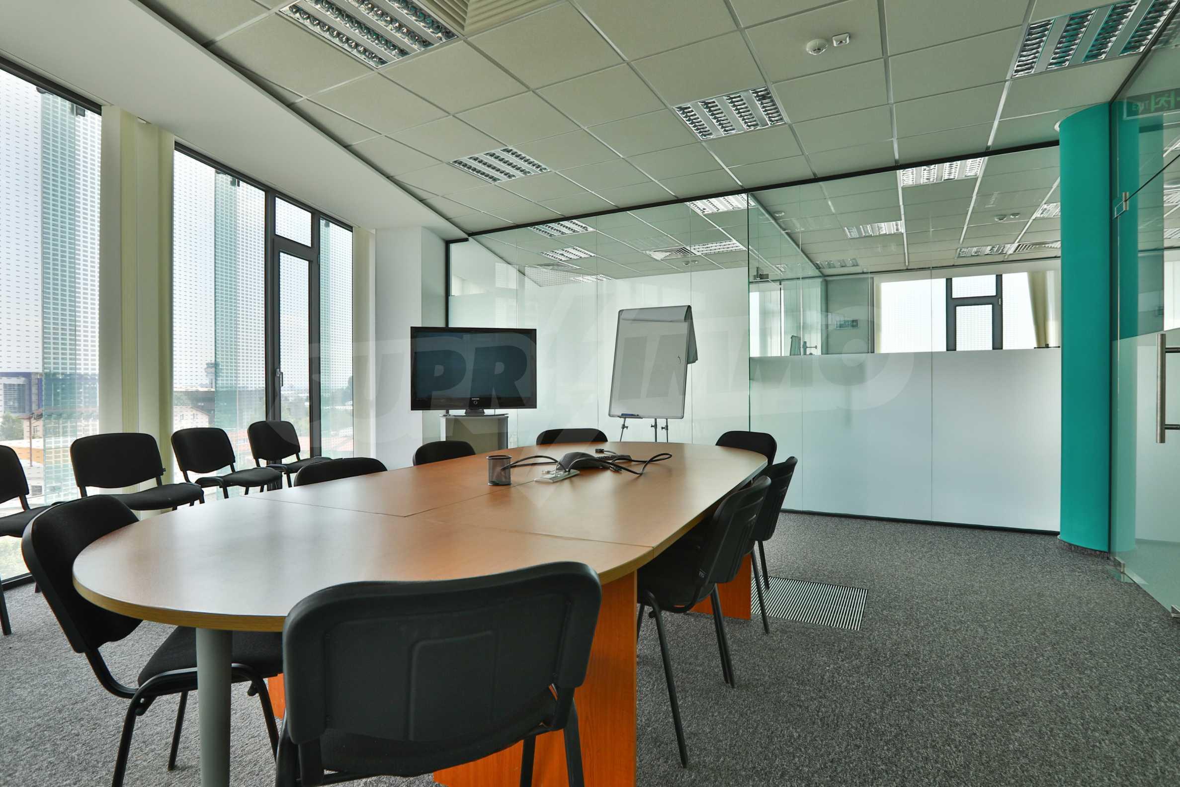 Представителен офис в луксозен Бизнес Център, до Аерогара София 25
