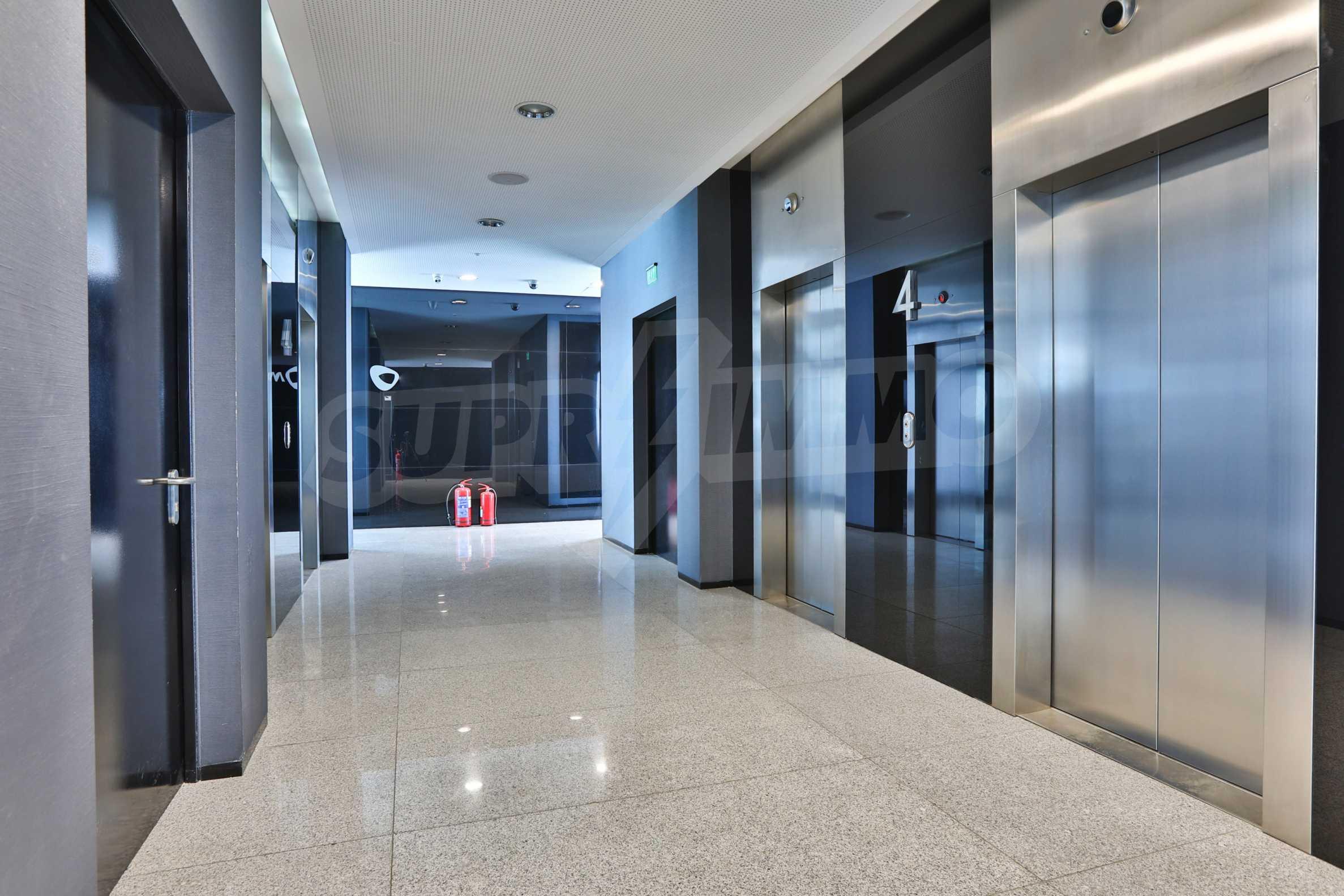 Представителен офис в луксозен Бизнес Център, до Аерогара София 26