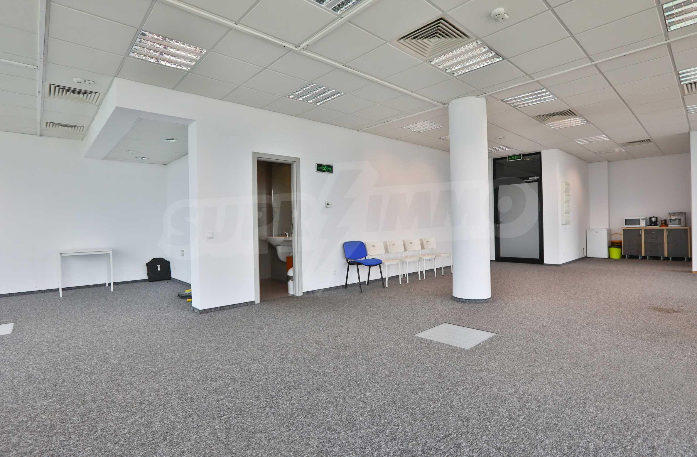 Представителен офис в луксозен Бизнес Център, до Аерогара София 8