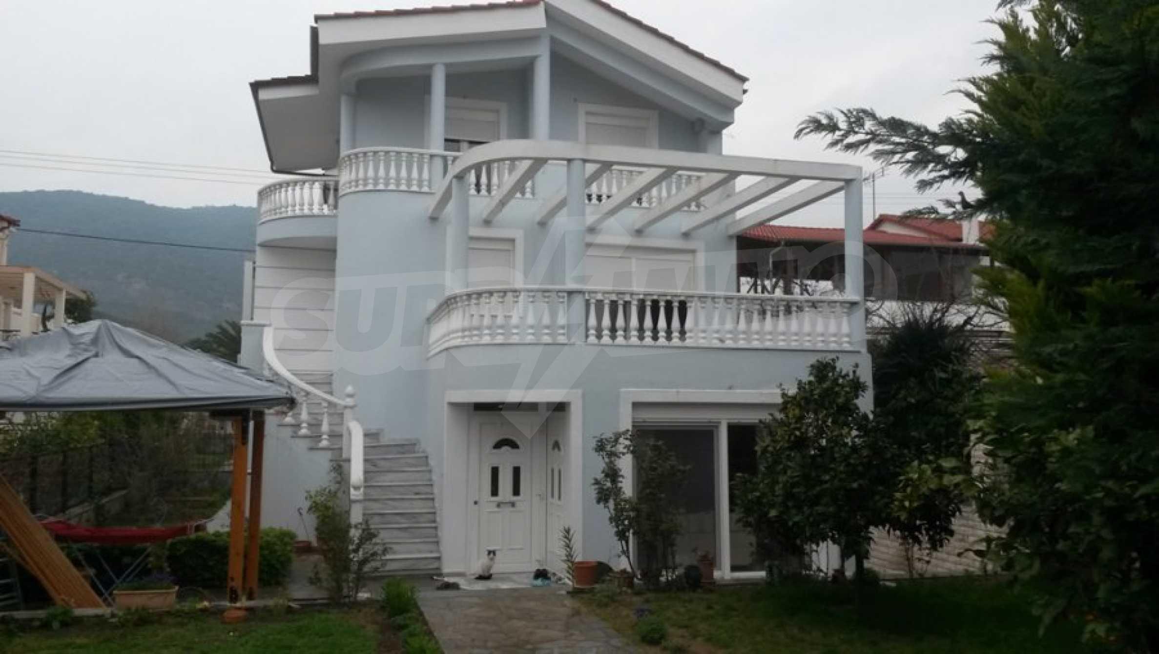 Къща с четири спални в Неа Ираклица, Кавала