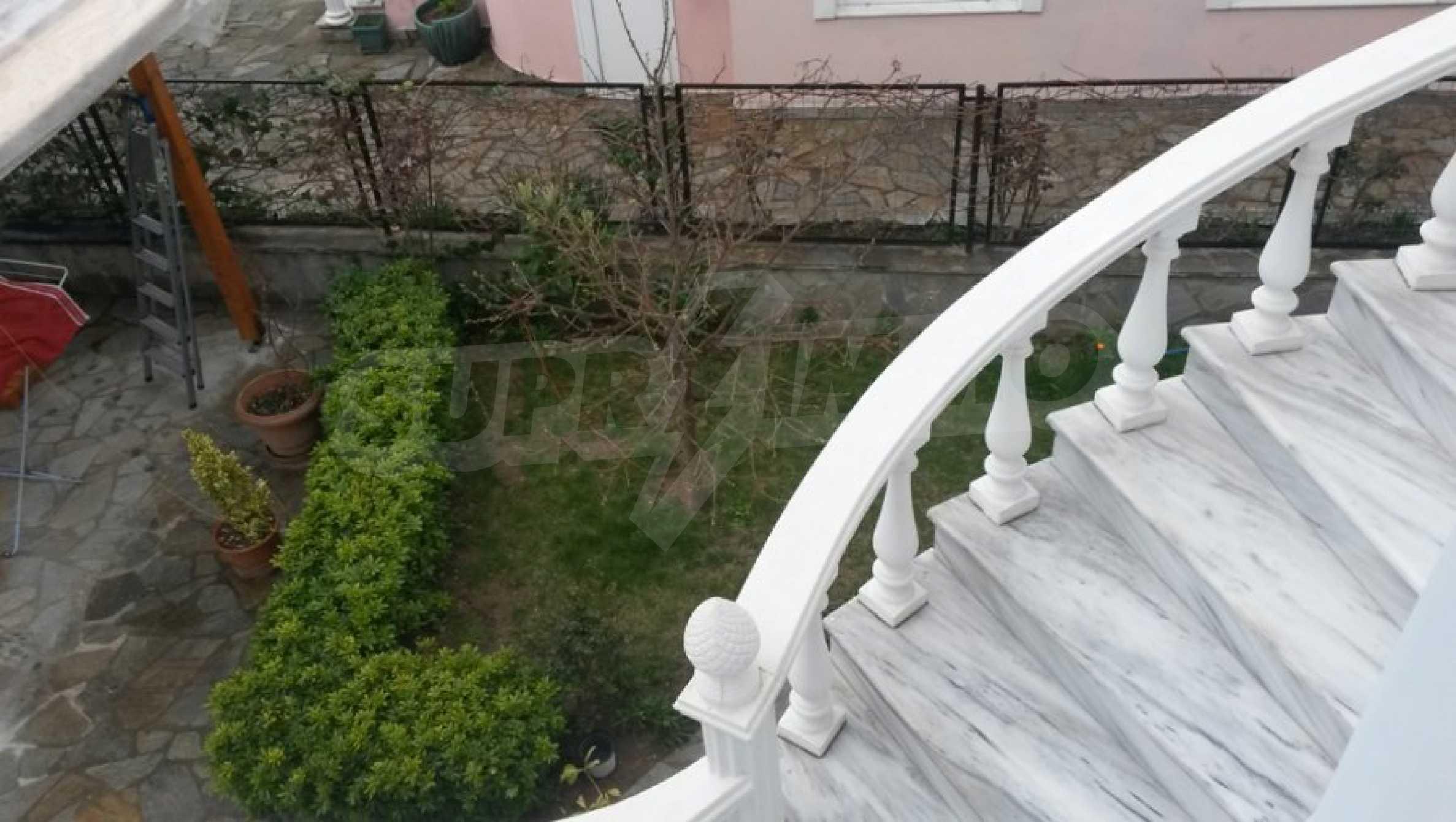 Къща с четири спални в Неа Ираклица, Кавала 15