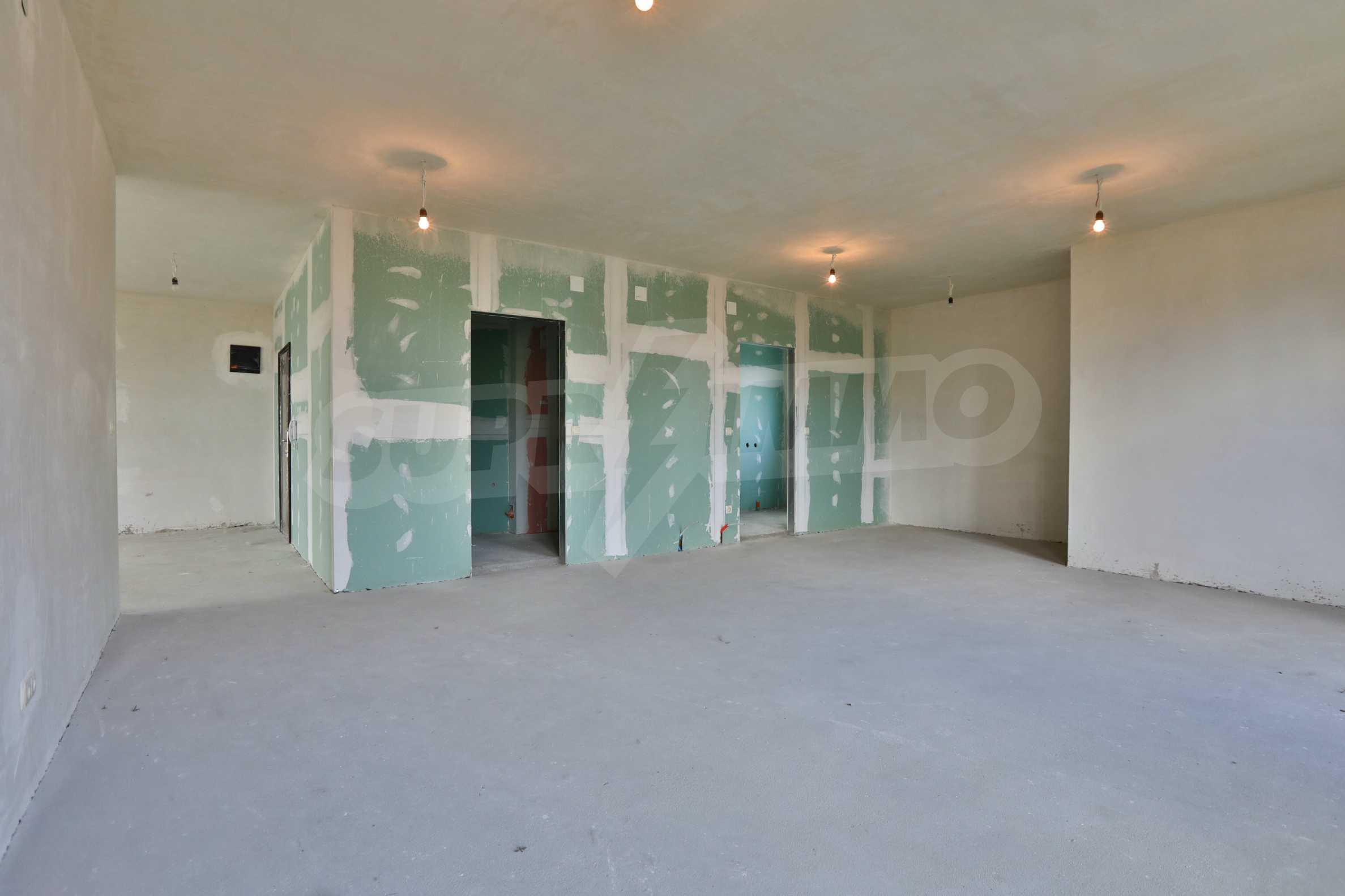 Тристаен апартамент в малка бутикова сграда в кв. Бояна 6