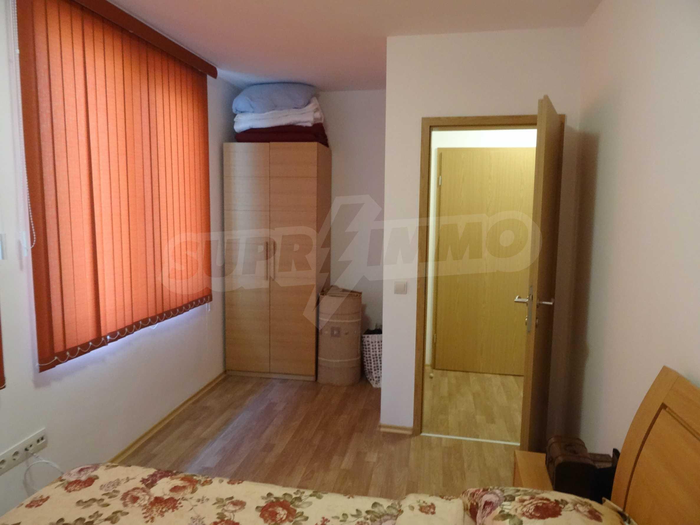Чудесен апартамент за продажба във затворен комплекс 11
