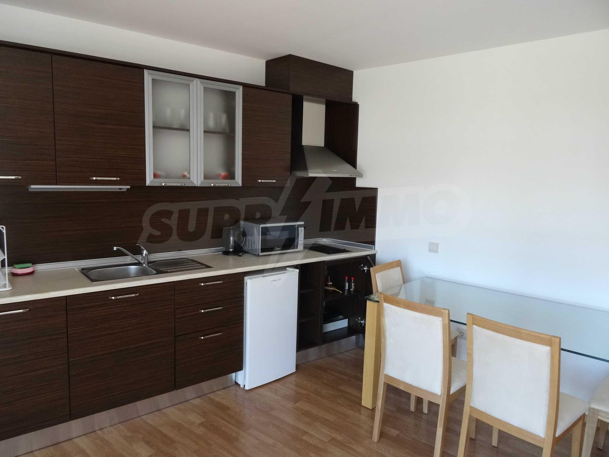 Чудесен апартамент за продажба във затворен комплекс 5