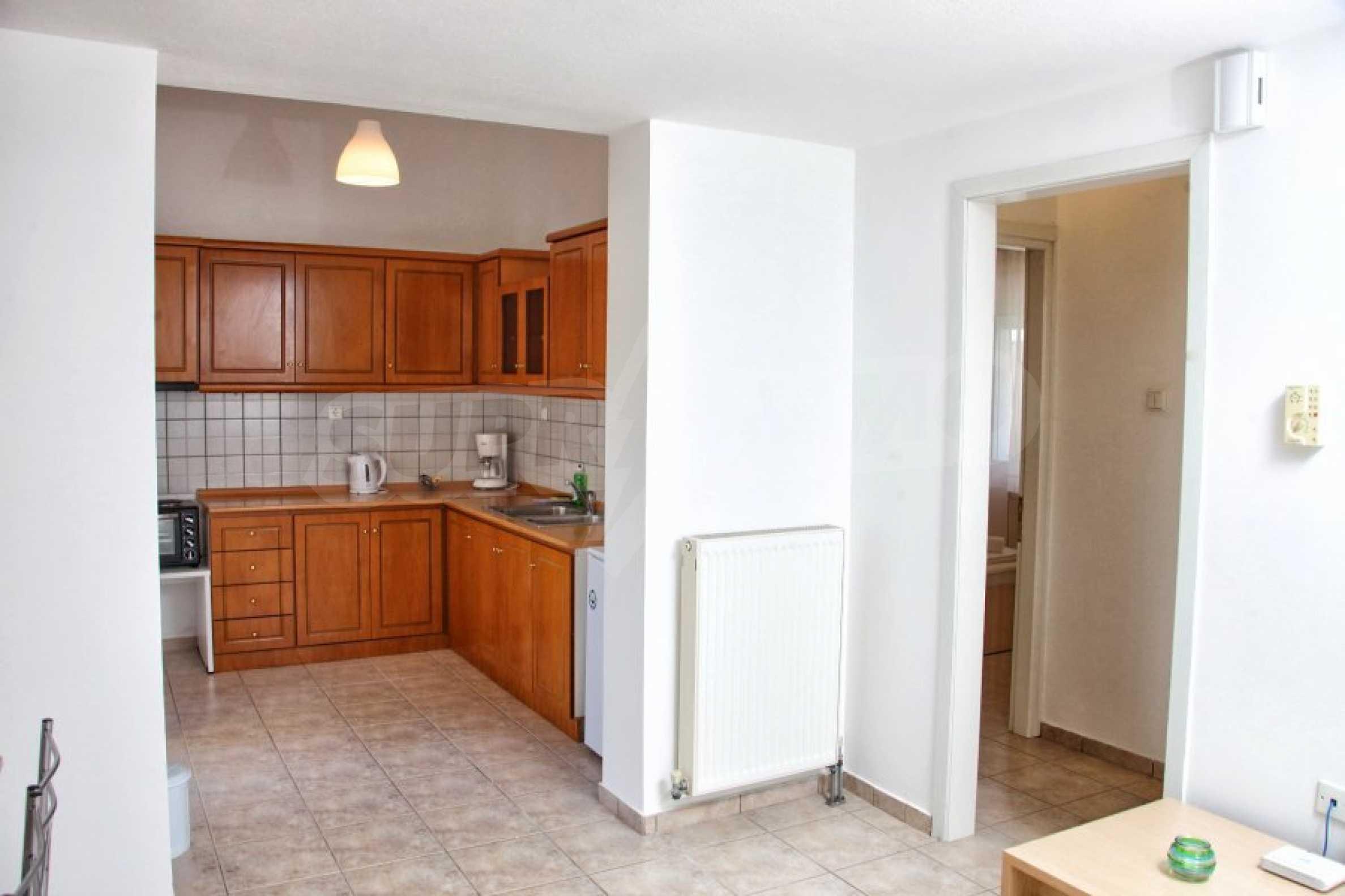 Обзаведен три стаен апартамент в Неа Ираклица 3