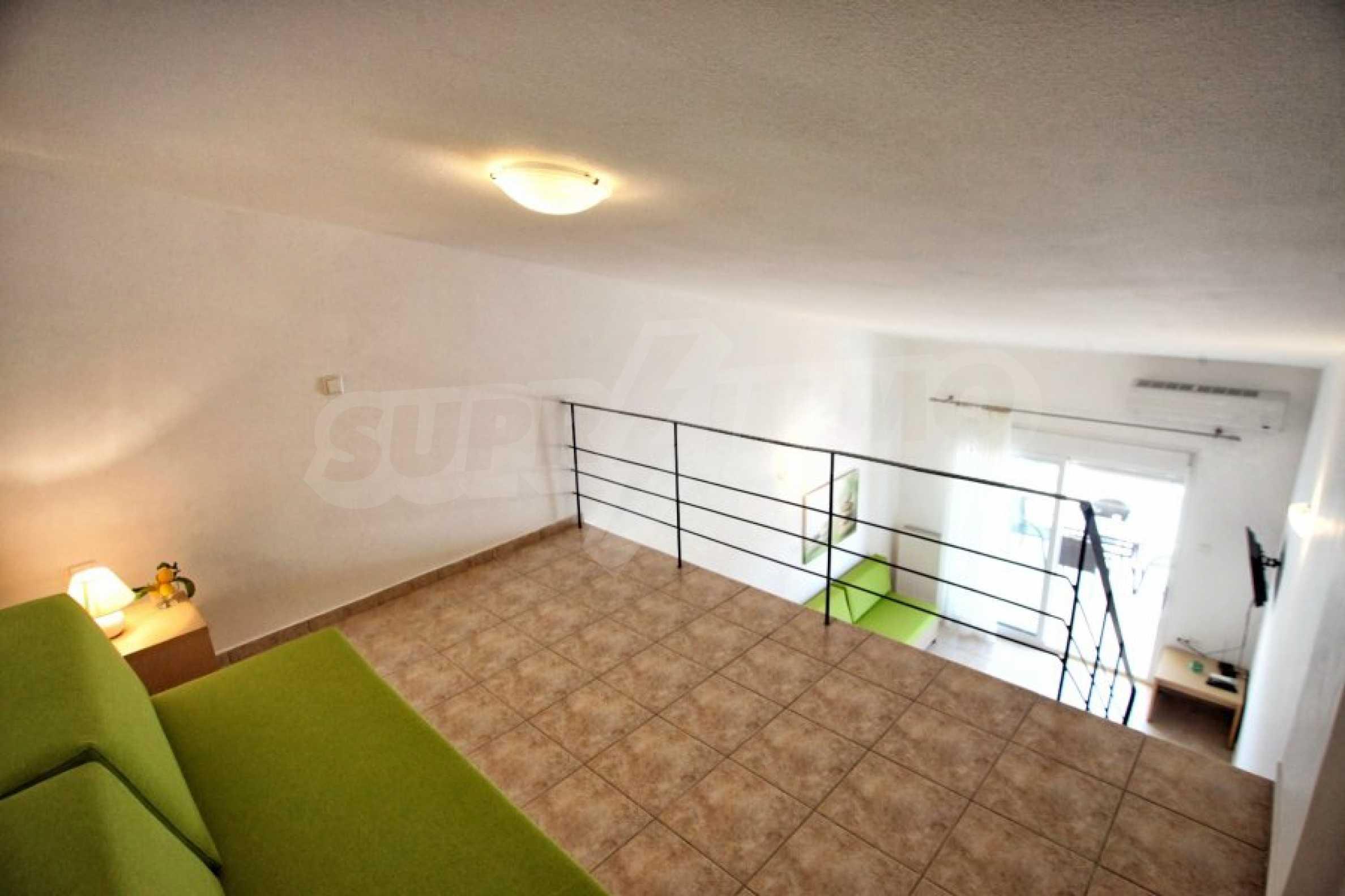Обзаведен три стаен апартамент в Неа Ираклица 5