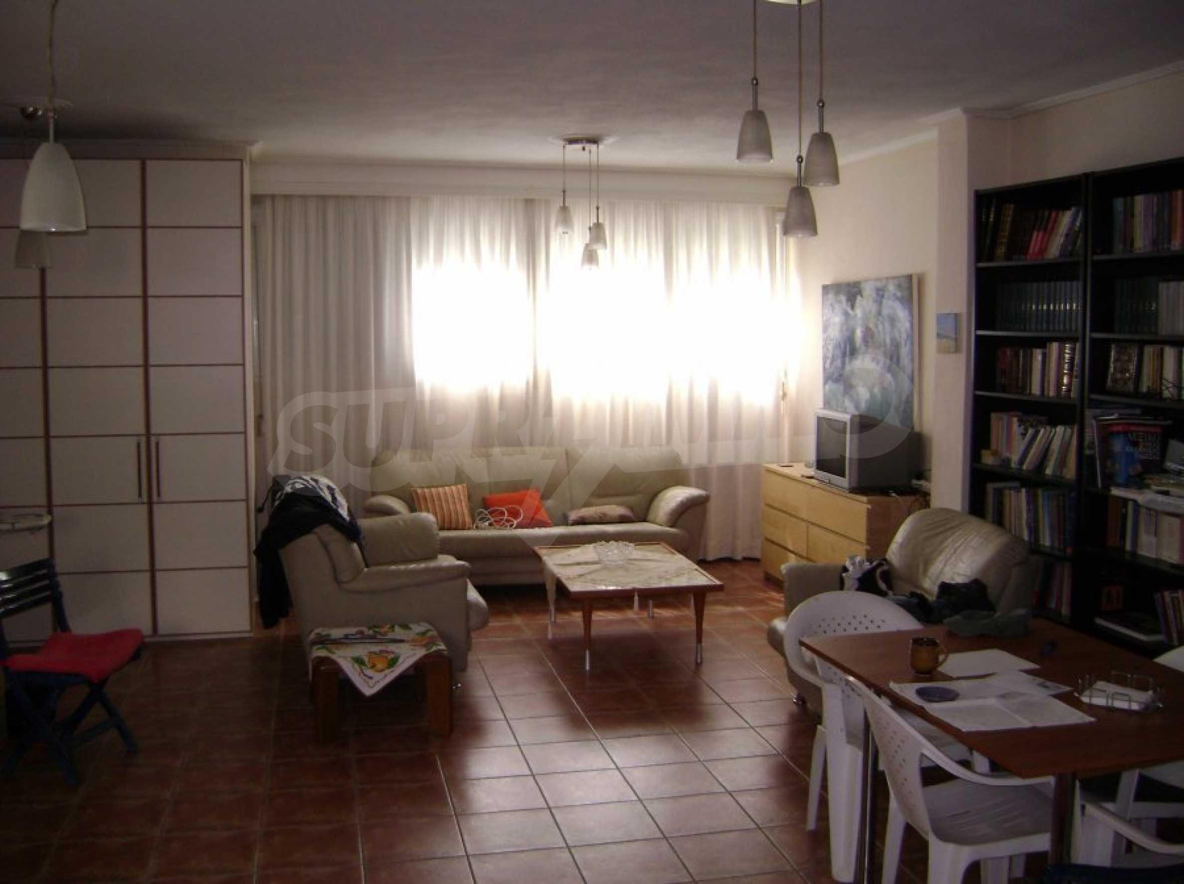 Къща с три спални в Неа Ираклица 12
