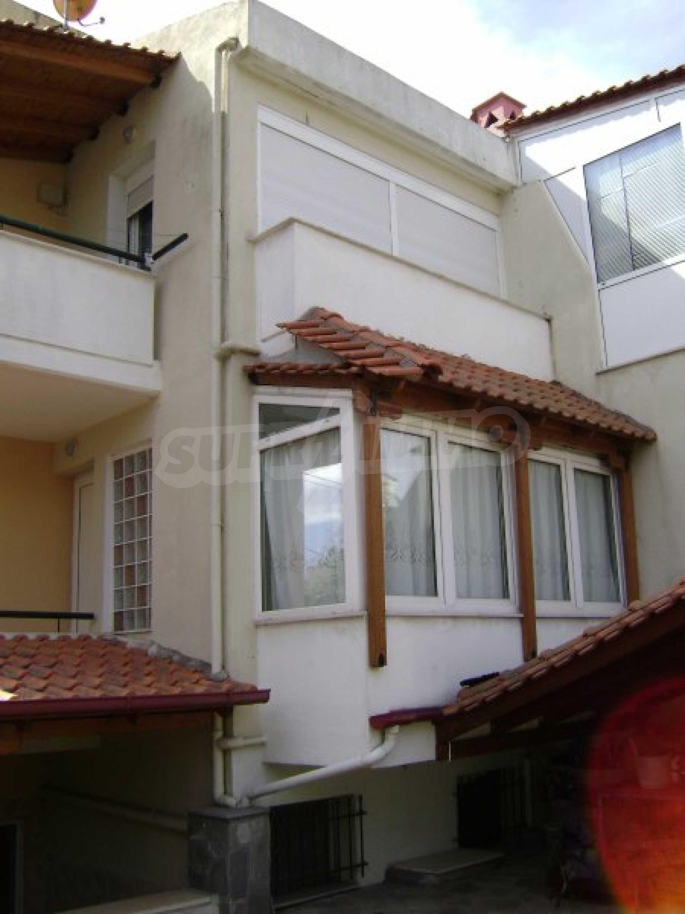 Къща с три спални в Неа Ираклица 38